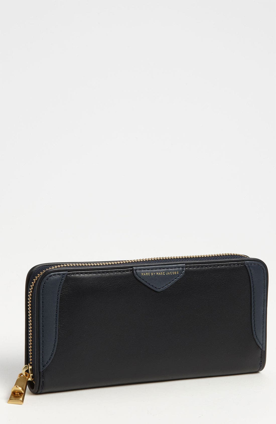 Main Image - MARC BY MARC JACOBS 'The Zip Locker' Wallet