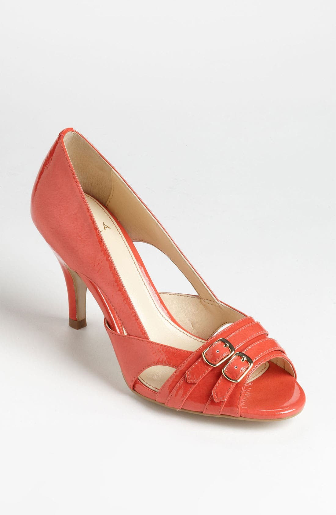 Main Image - Isolá 'Damina' Pump