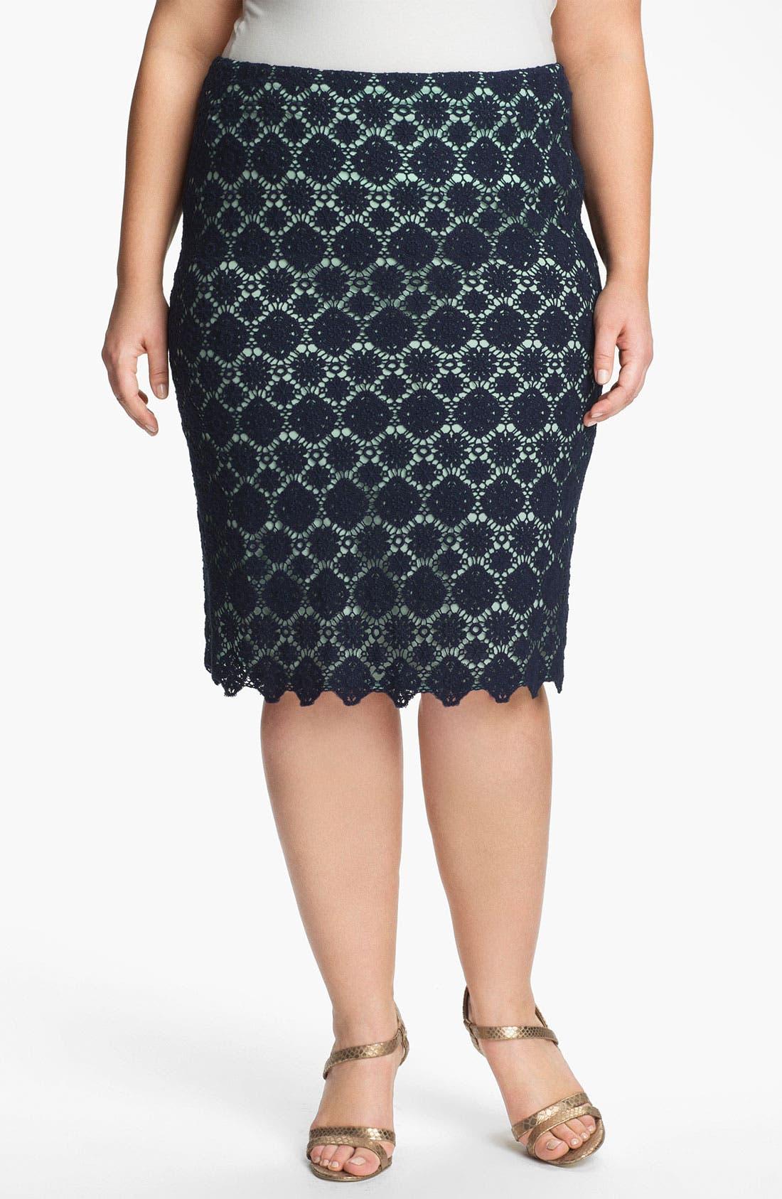 Main Image - Vince Camuto Lace Pencil Skirt (Plus)