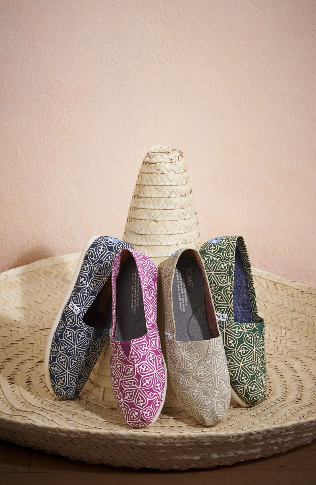 Alternate Image 6  - TOMS 'Classic - Circle' Slip-On (Women)