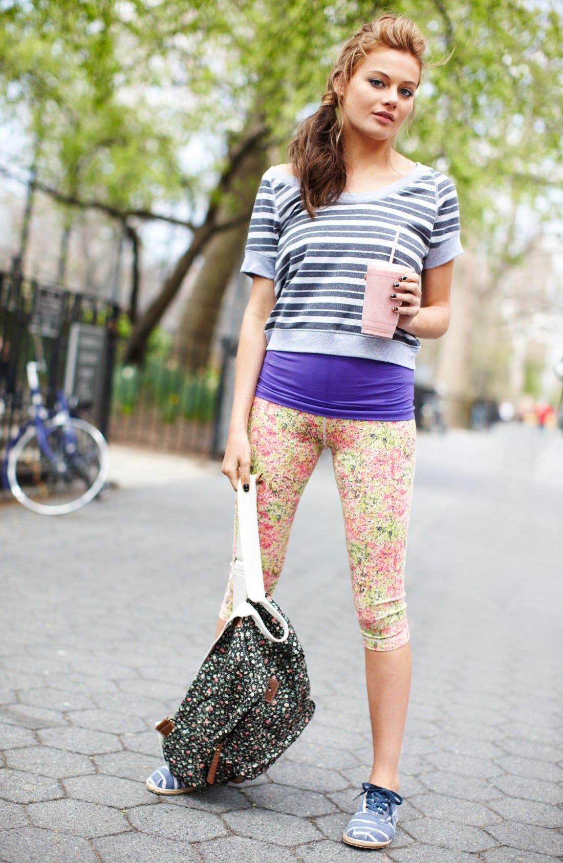 Main Image - Unit-Y Tee, Tank & Capri Pants