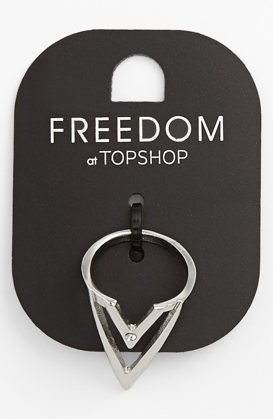 Main Image - Topshop Silvertone V-Cutout Ring