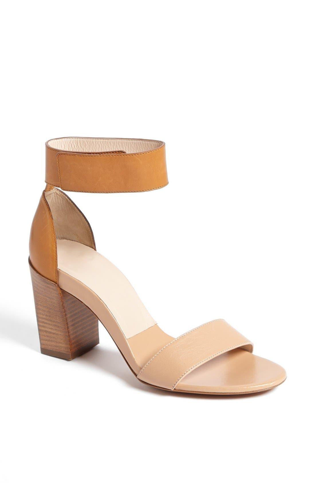 Main Image - Chloé 'Gala - Soft Apricot' Sandal