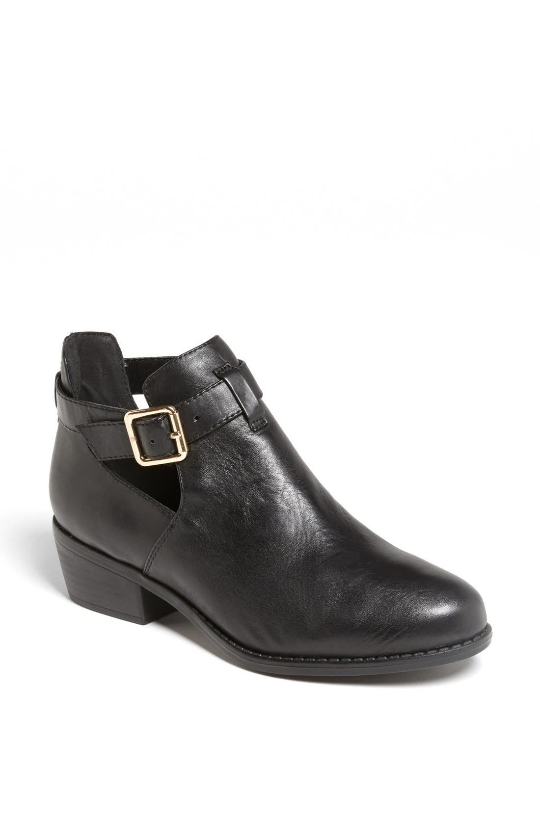 Alternate Image 1 Selected - Topshop 'Monti' Boot