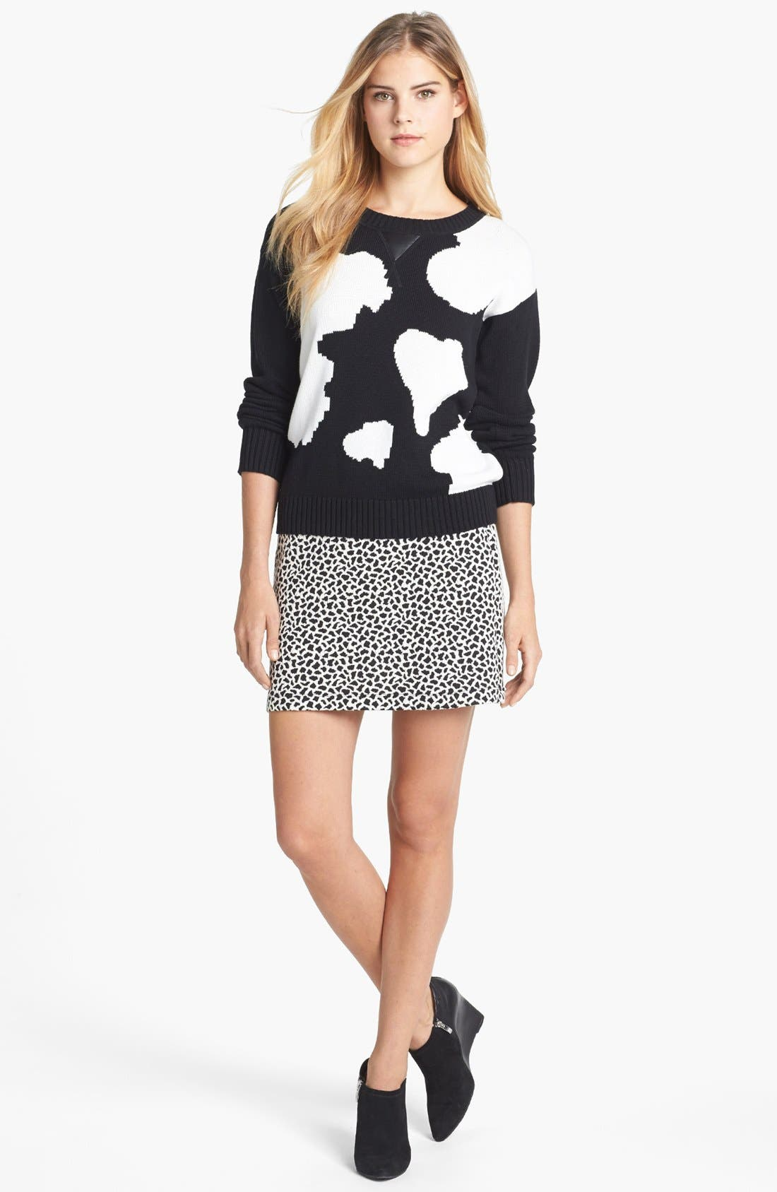 Alternate Image 4  - Two by Vince Camuto Jacquard Miniskirt