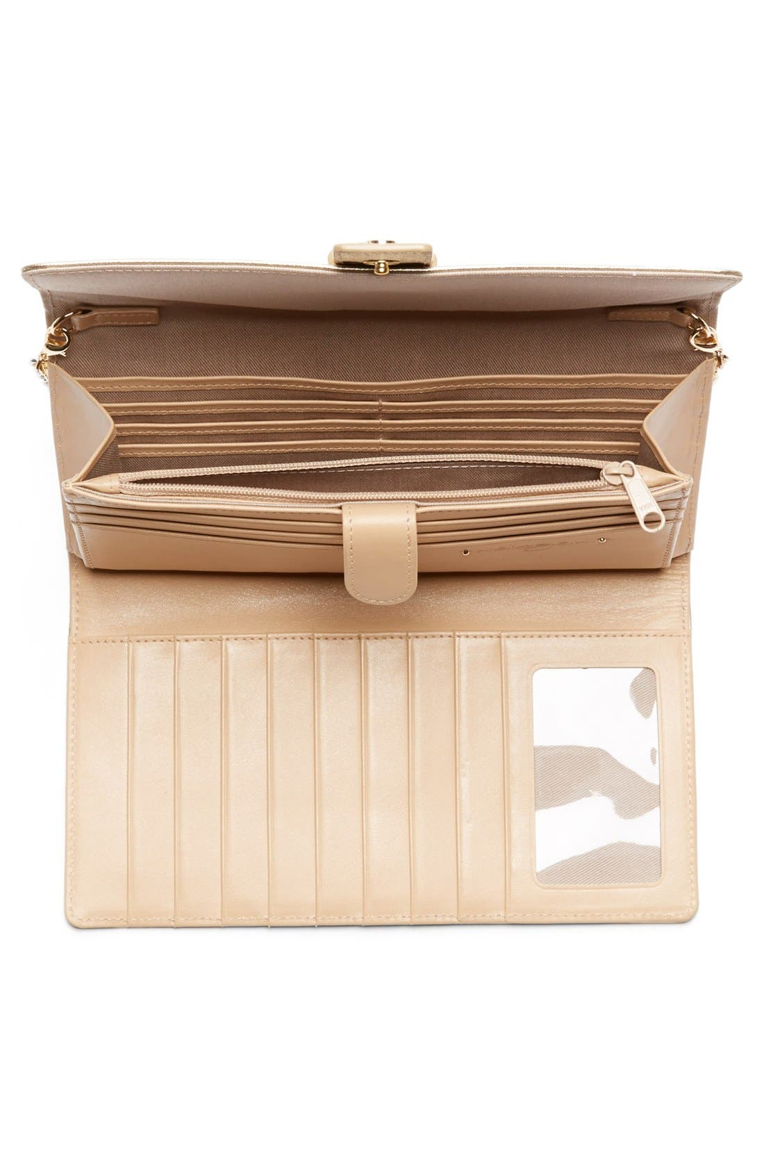 Alternate Image 3  - Halogen® Saffiano Leather Crossbody Clutch Wallet