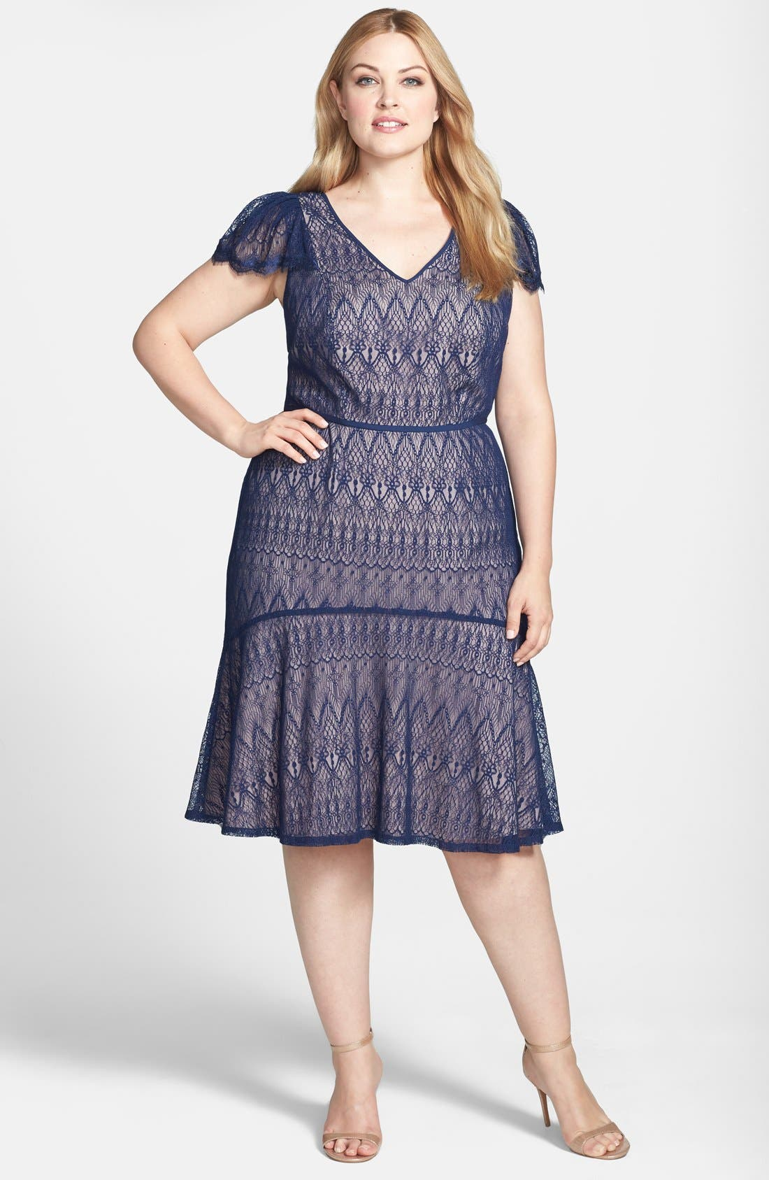 Main Image - Adrianna Papell Flutter Sleeve Lace Mermaid Dress (Plus Size)