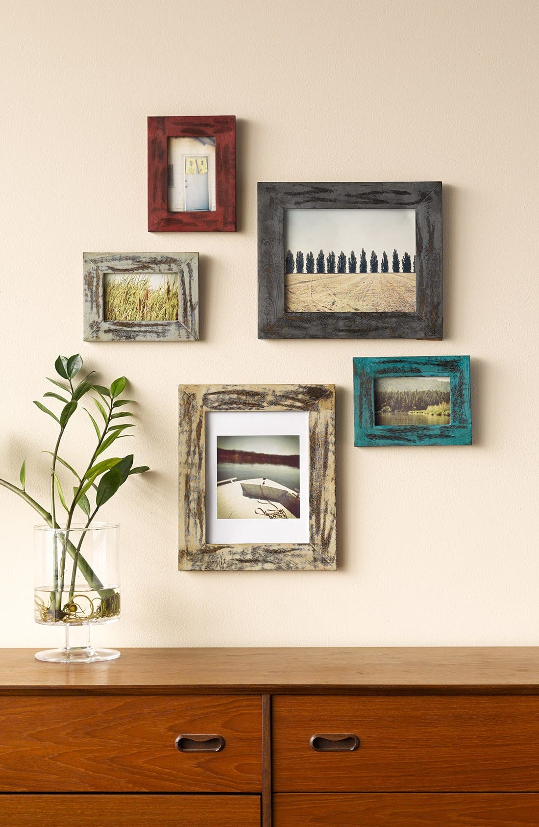Alternate Image 2  - MG Décor Distressed Picture Frame (4x6)