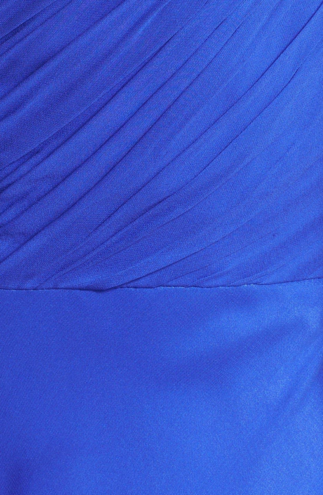 Alternate Image 3  - Vera Wang Knotted Chiffon Gown