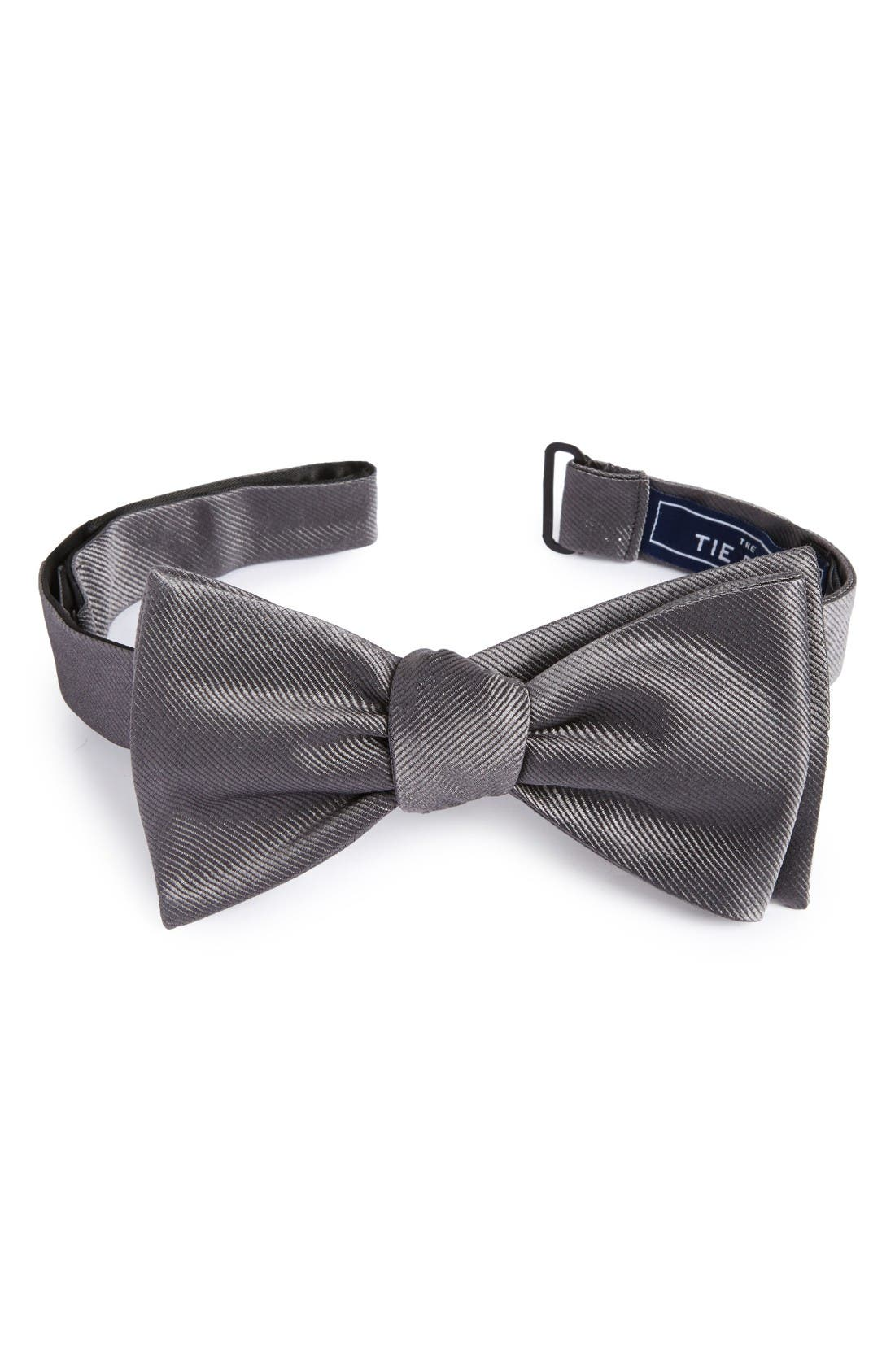 The Tie Bar Silk Solid Bow Tie (Online Only)