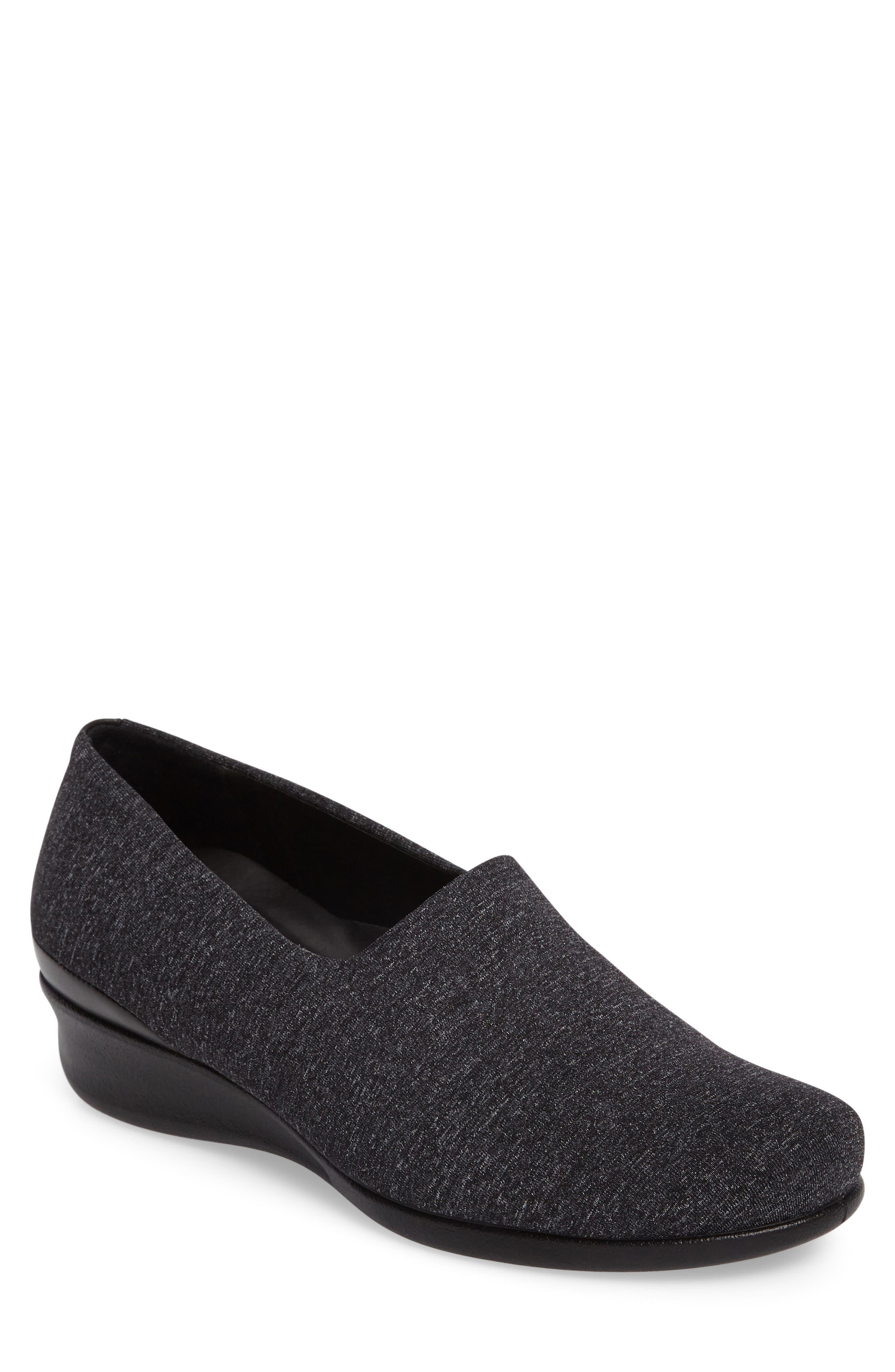 ECCO 'Abelone' Stretch Loafer (Women)