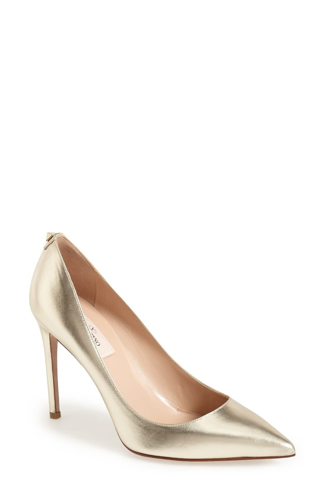 'Rockstud' Pump,                         Main,                         color, Platino