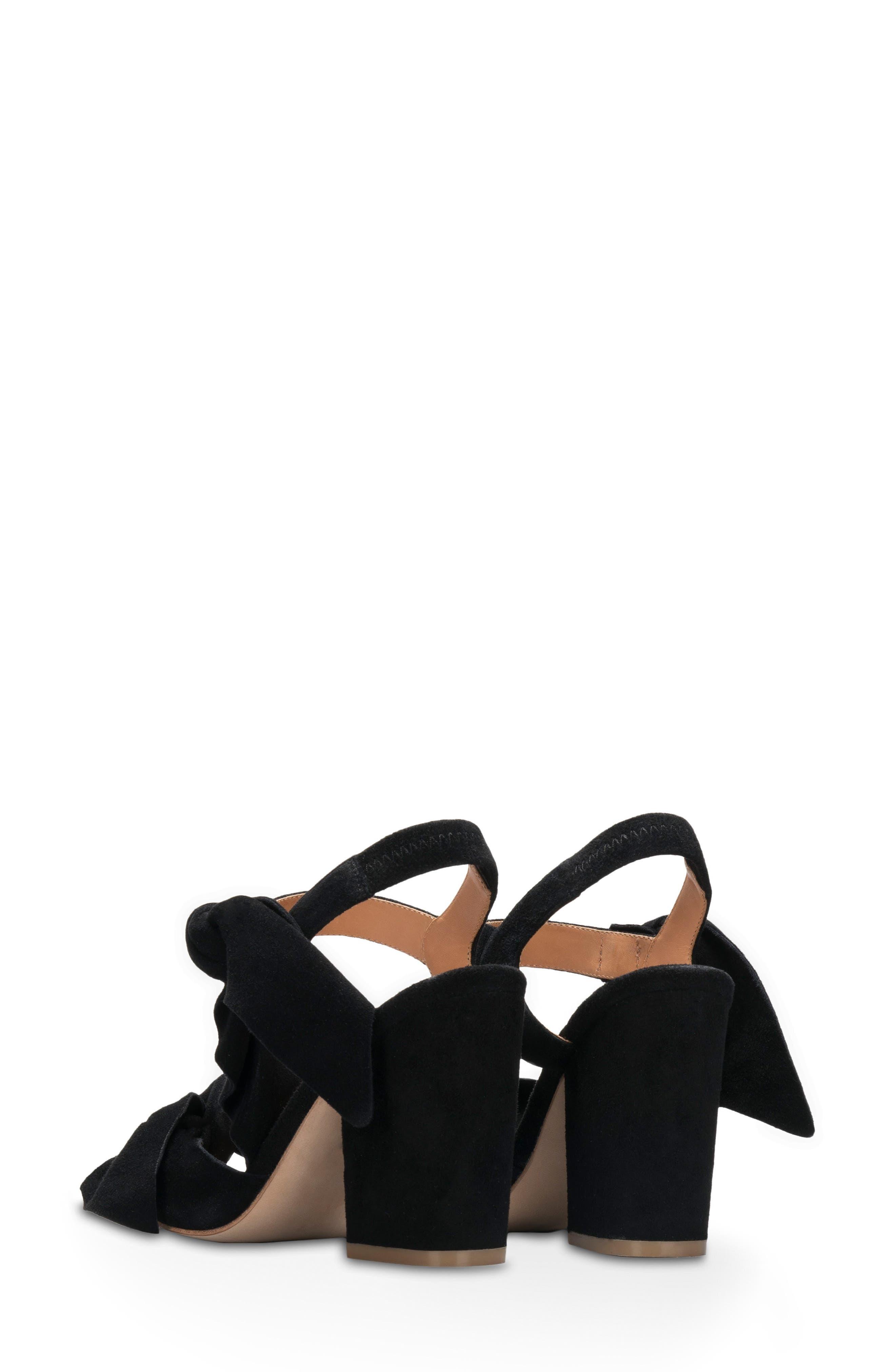 Alternate Image 2  - Bill Blass Carmen Bow Sandal (Women)
