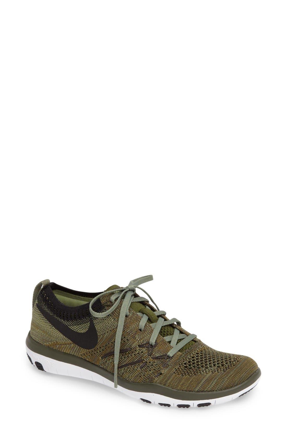 Main Image - Nike 'Free TR Focus Flyknit' Training Shoe (Women)