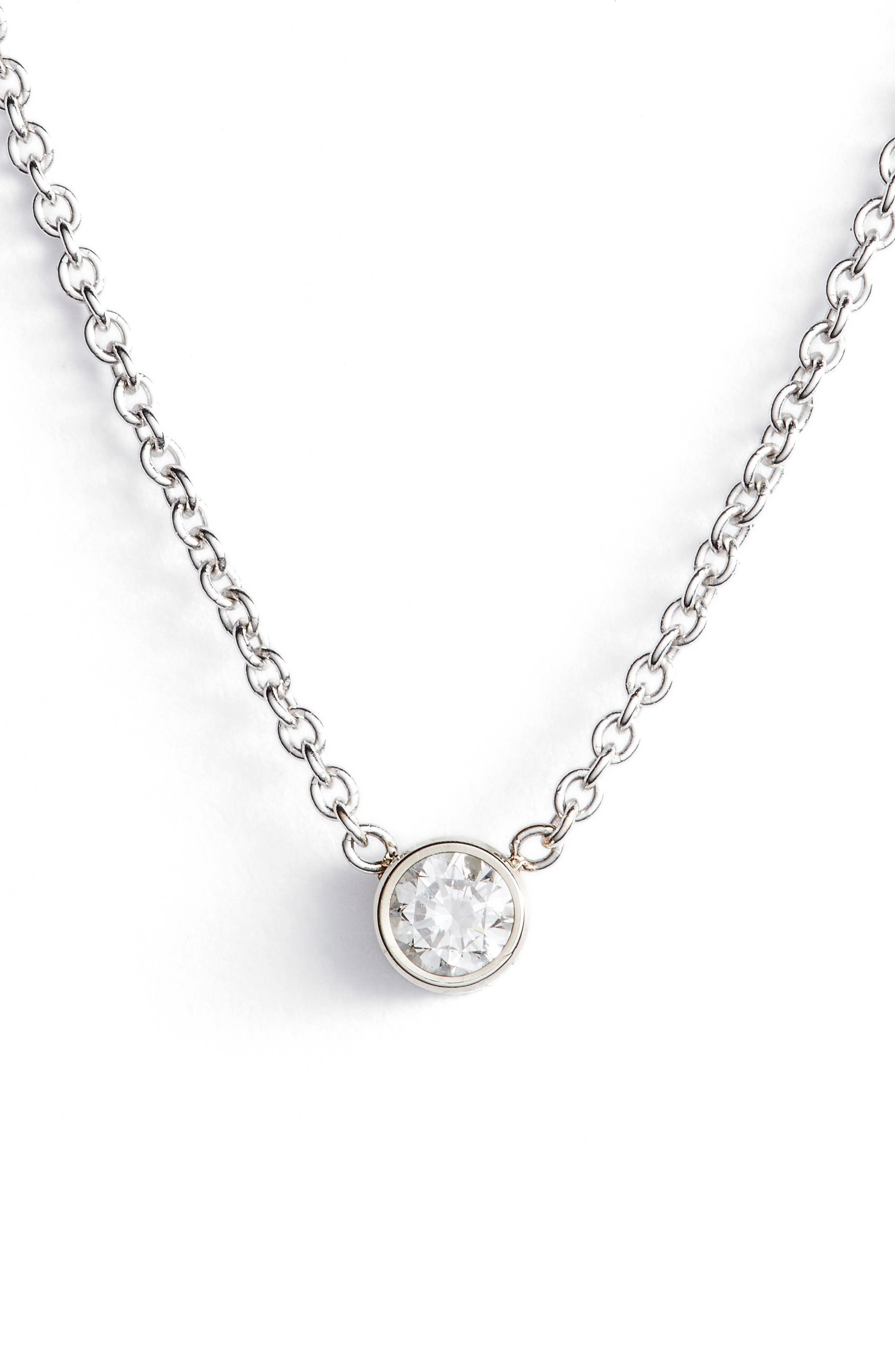 zo chicco diamond bezel pendant necklace