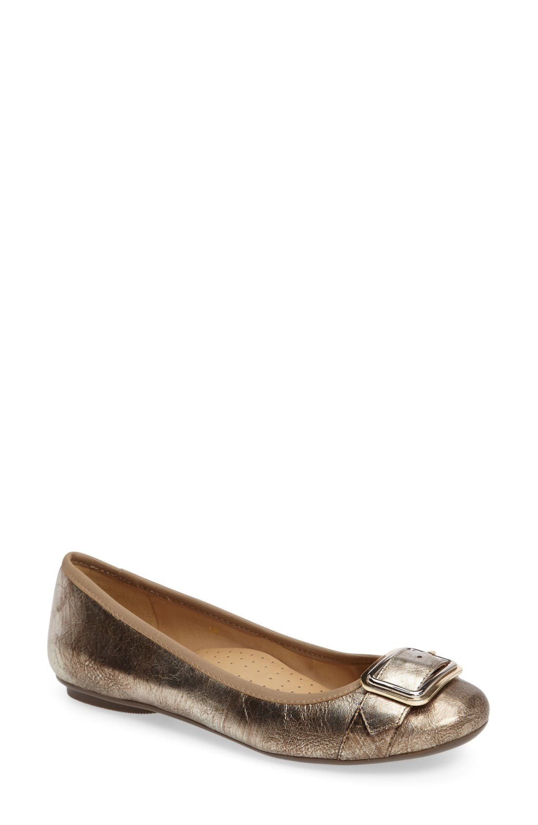 Solana Buckle Flat,                         Main,                         color, Platino Leather
