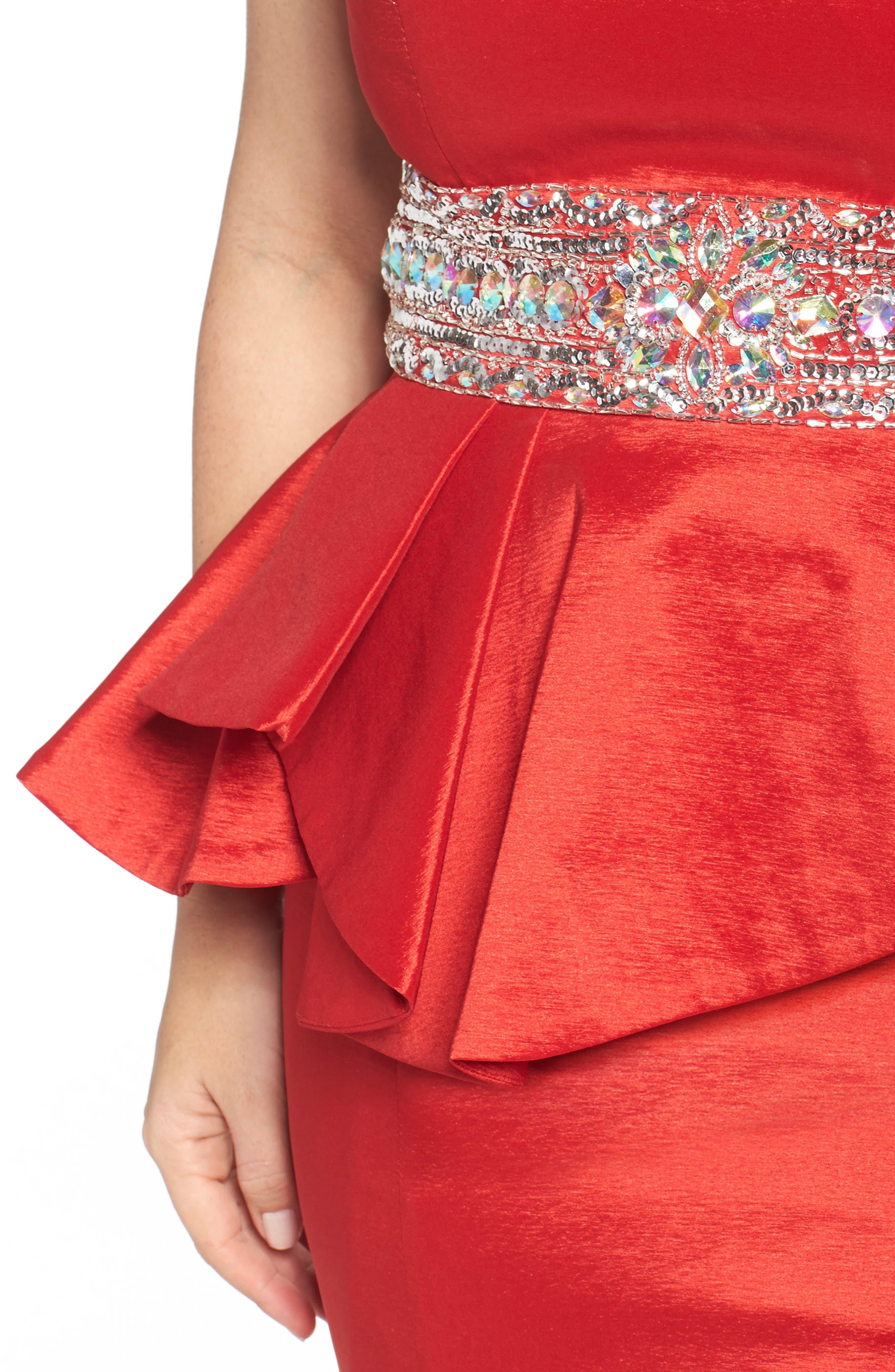 Alternate Image 4  - Mac Duggal Beaded Bustier Peplum Gown (Plus Size)