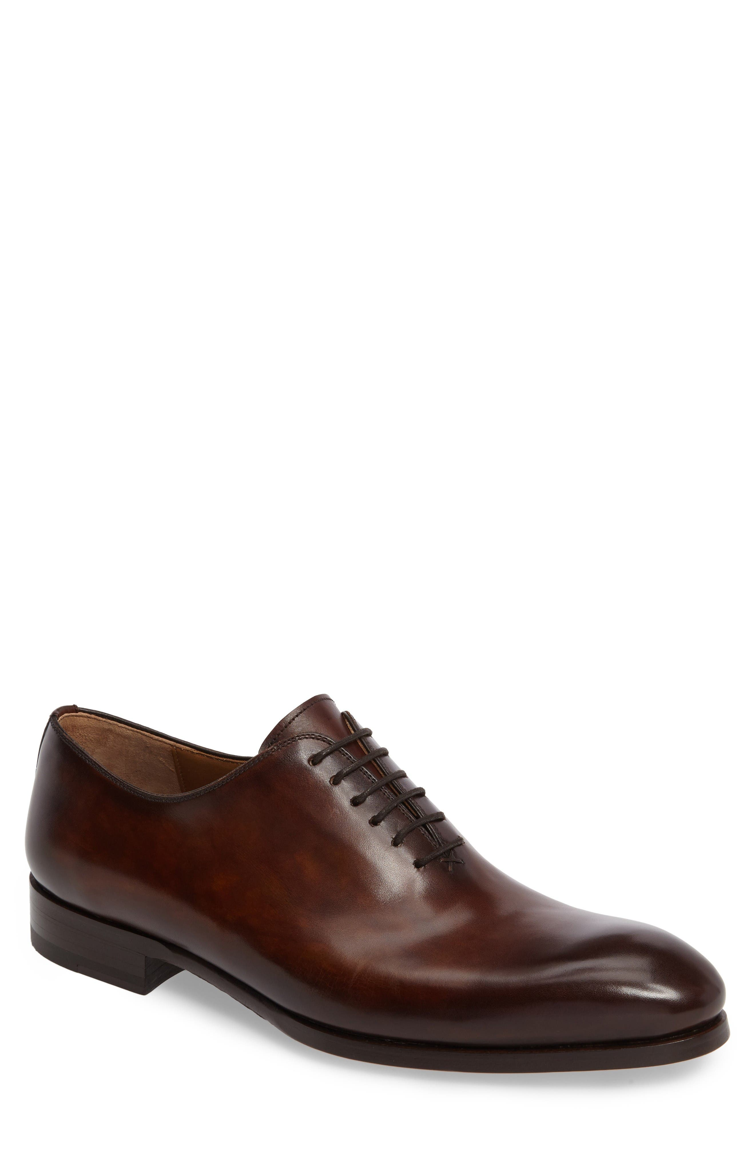 Alternate Image 1 Selected - Magnanni Montay Wholecut Oxford (Men)