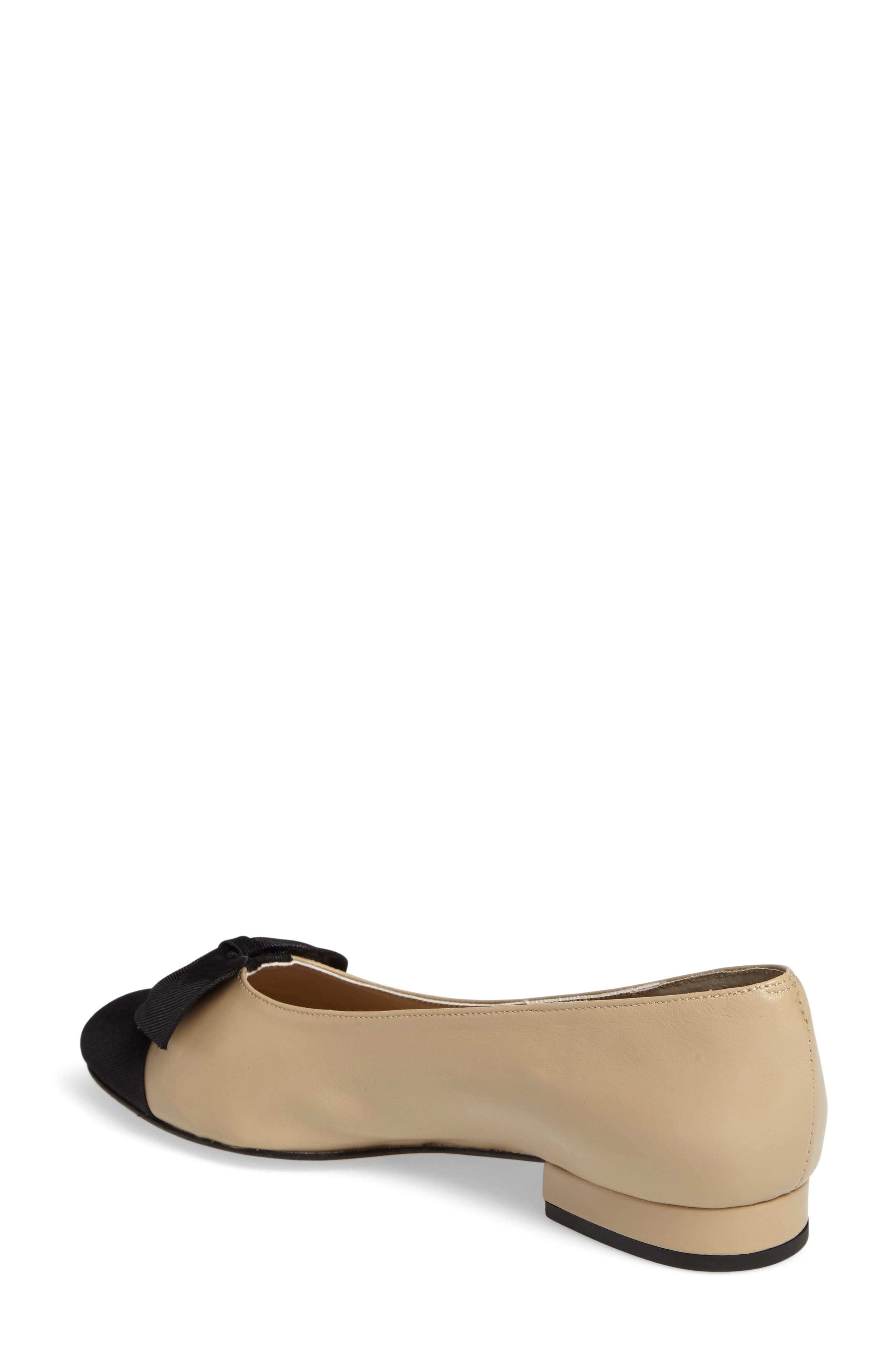Favor Bow Flat,                             Alternate thumbnail 2, color,                             Pudding Leather