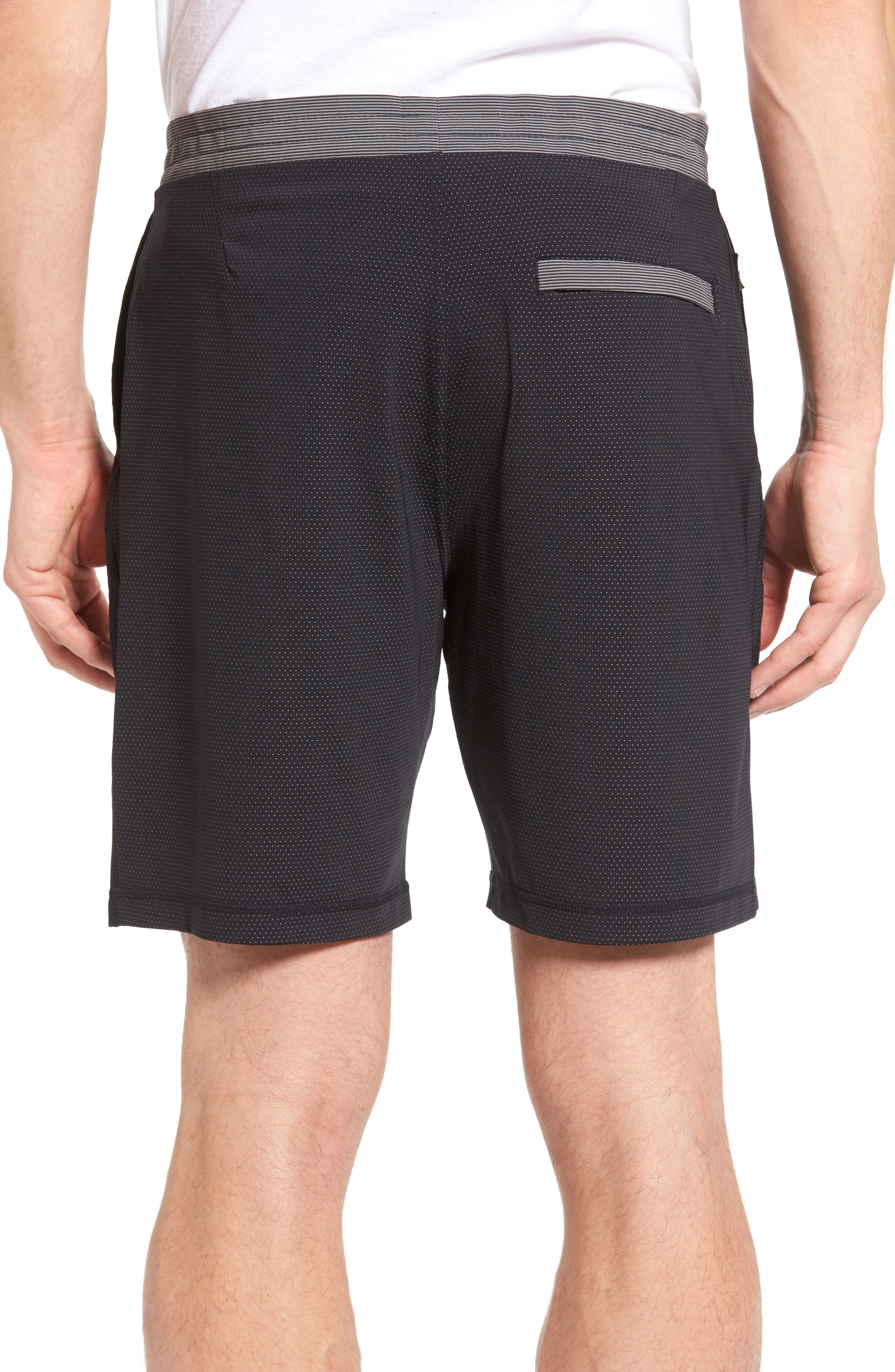 Alternate Image 2  - vuori Evolution Shorts