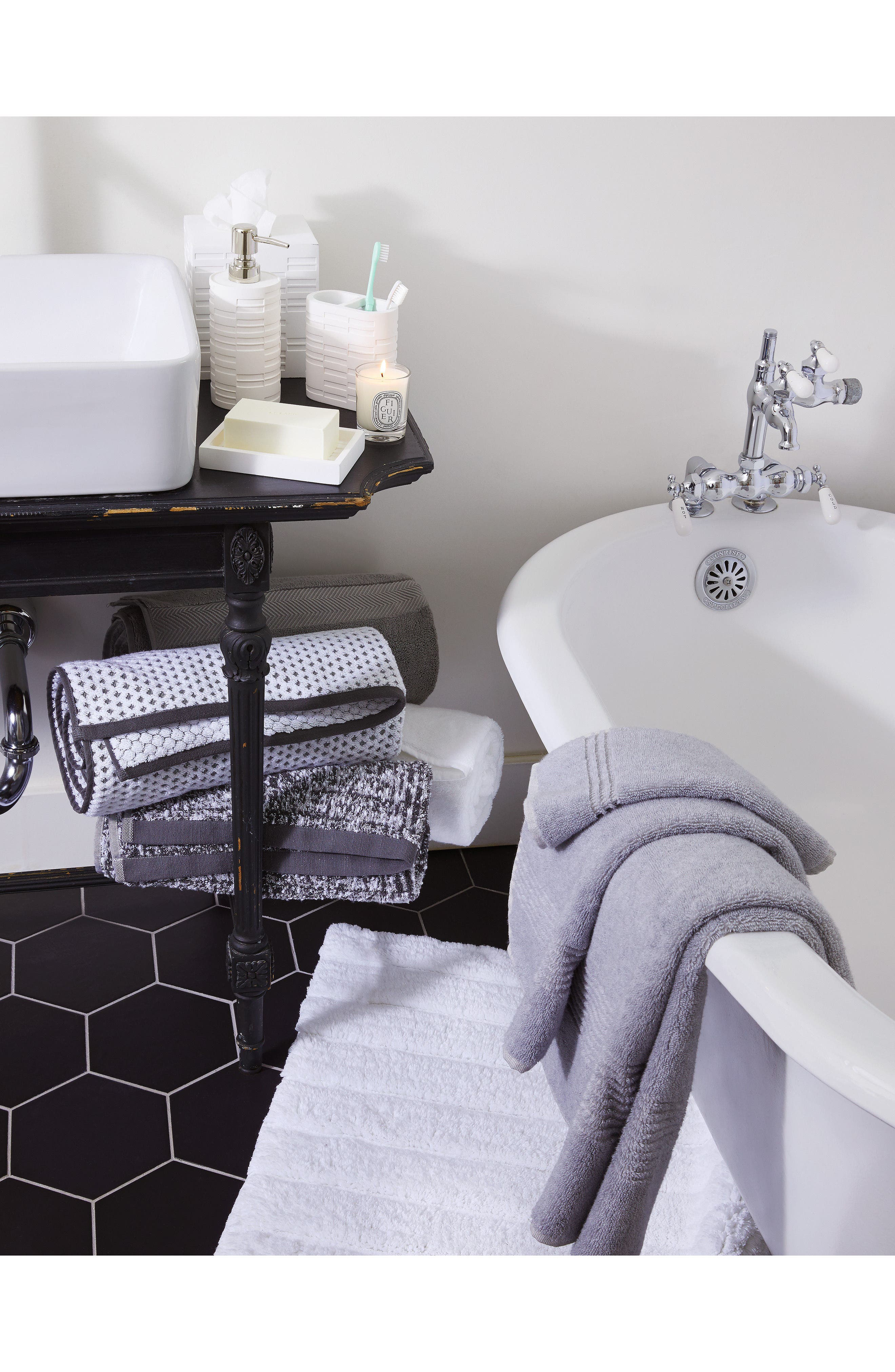 Alternate Image 5  - Nordstrom at Home Organic Hydrocotton Heathered Bath Towel (2 for $49)