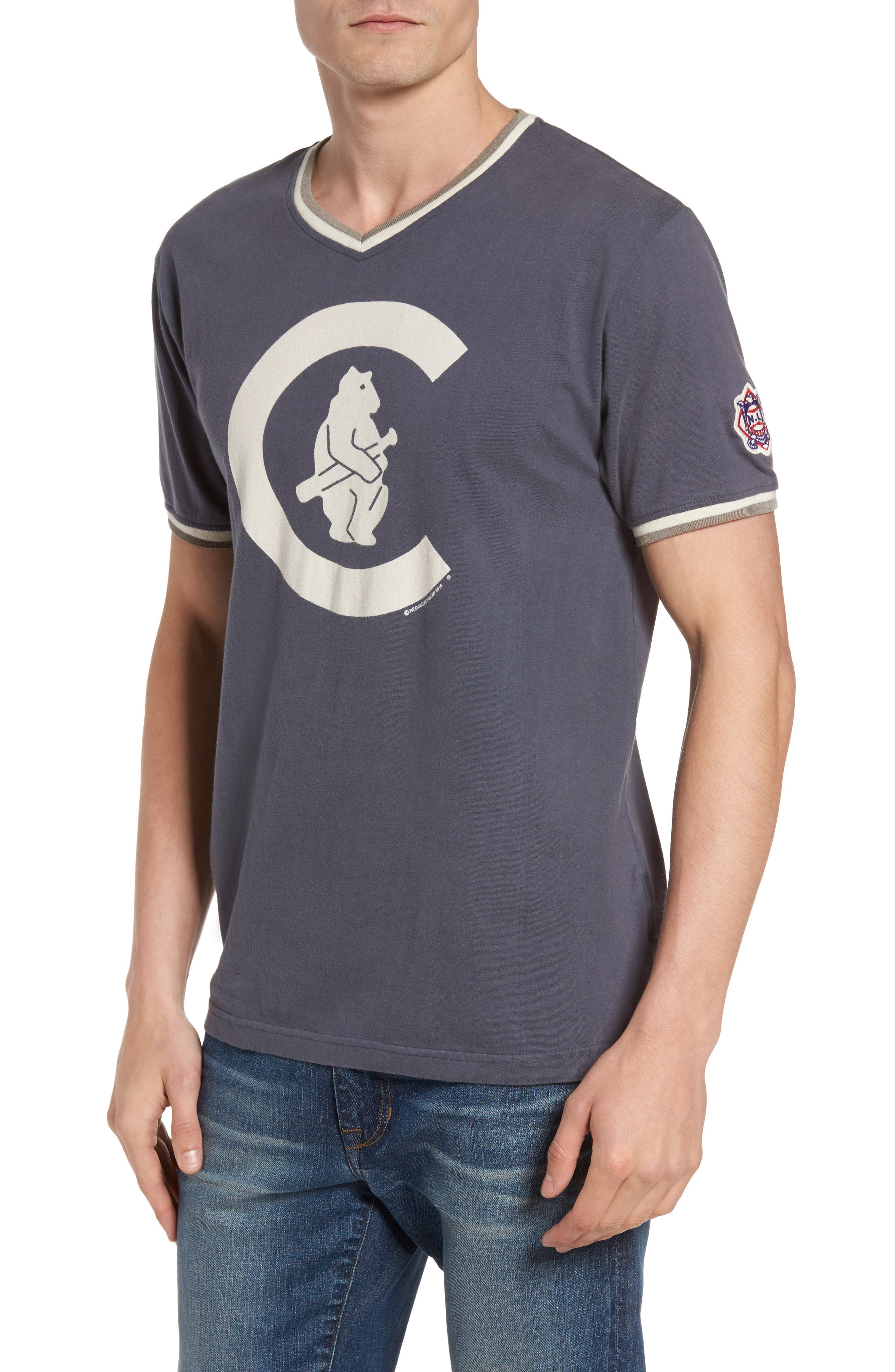 Alternate Image 1 Selected - American Needle Eastwood - Chicago Cubs V-Neck T-Shirt