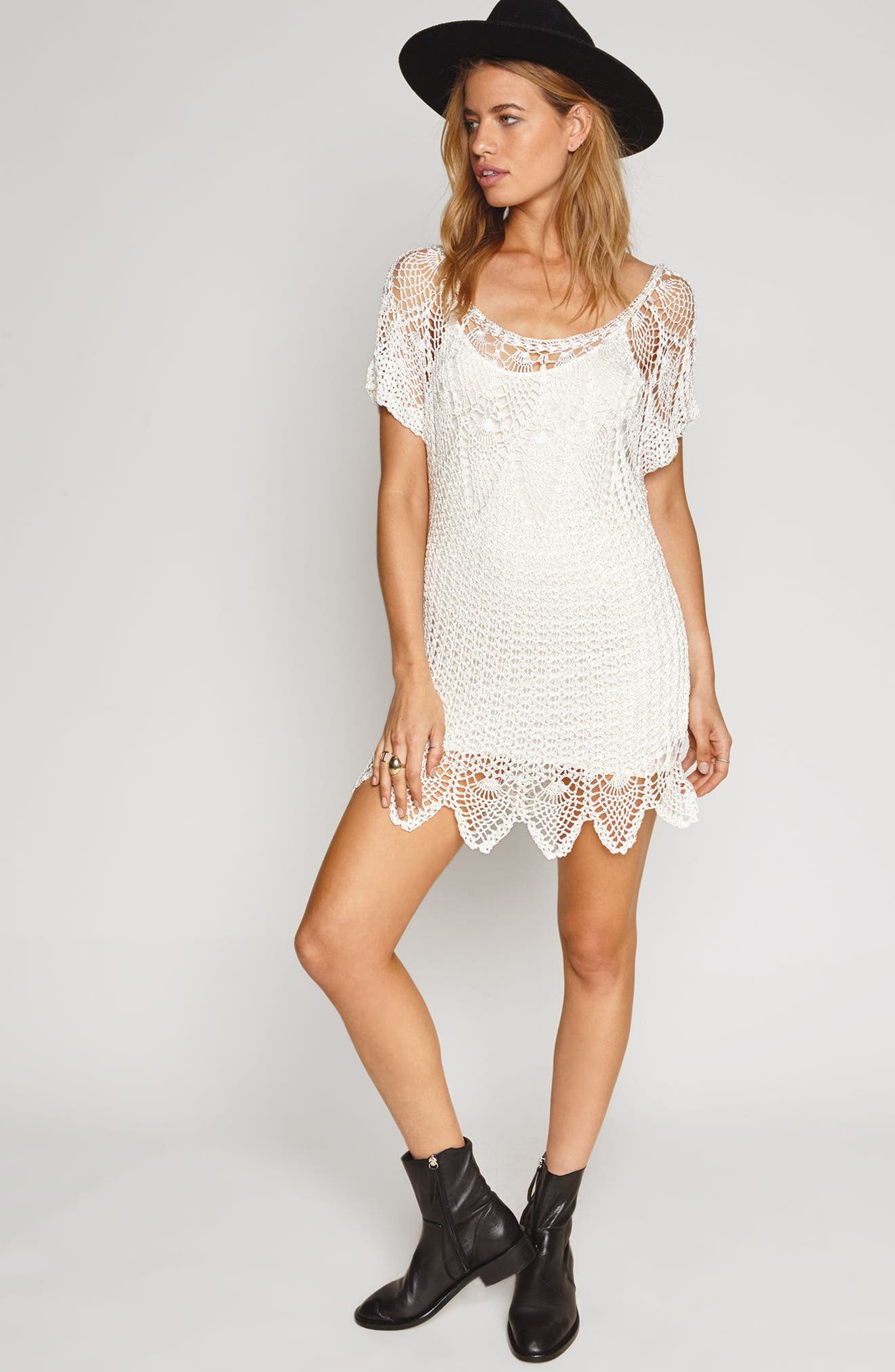 Alternate Image 2  - Amuse Sociey Honora Crochet Dress