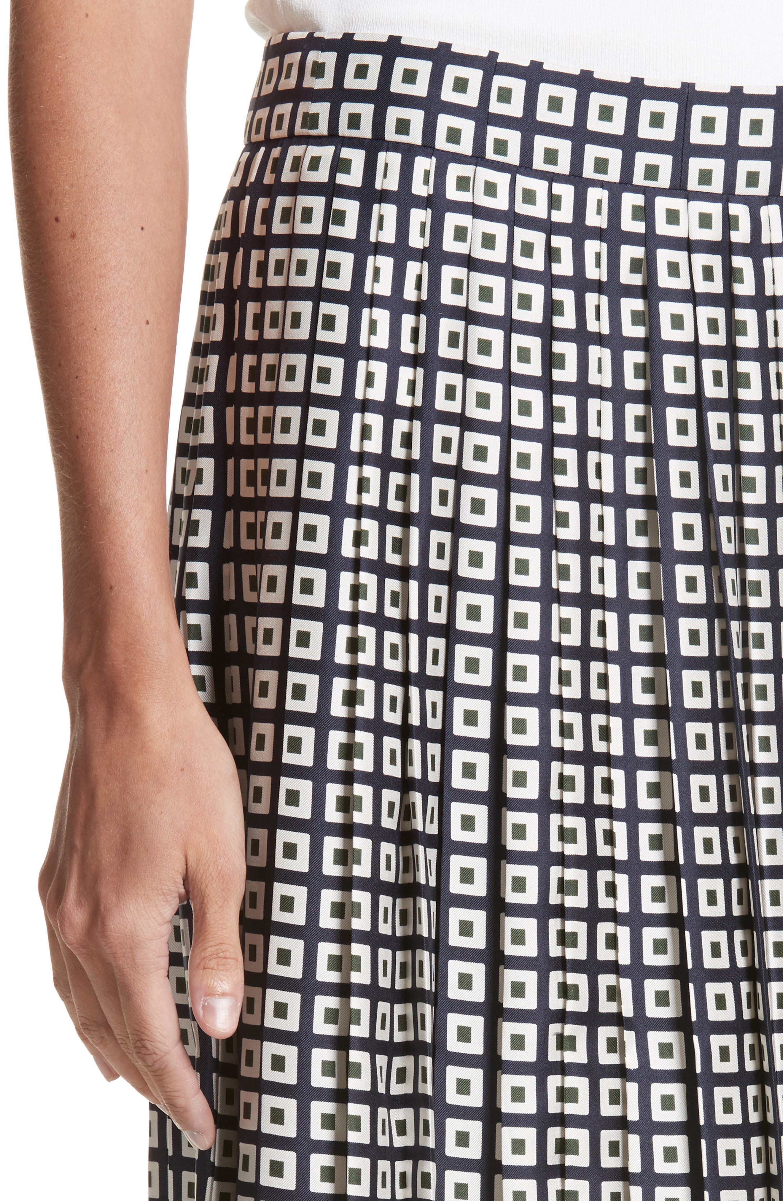 Marea Pleated Silk Skirt,                             Alternate thumbnail 4, color,                             Milano Square Border