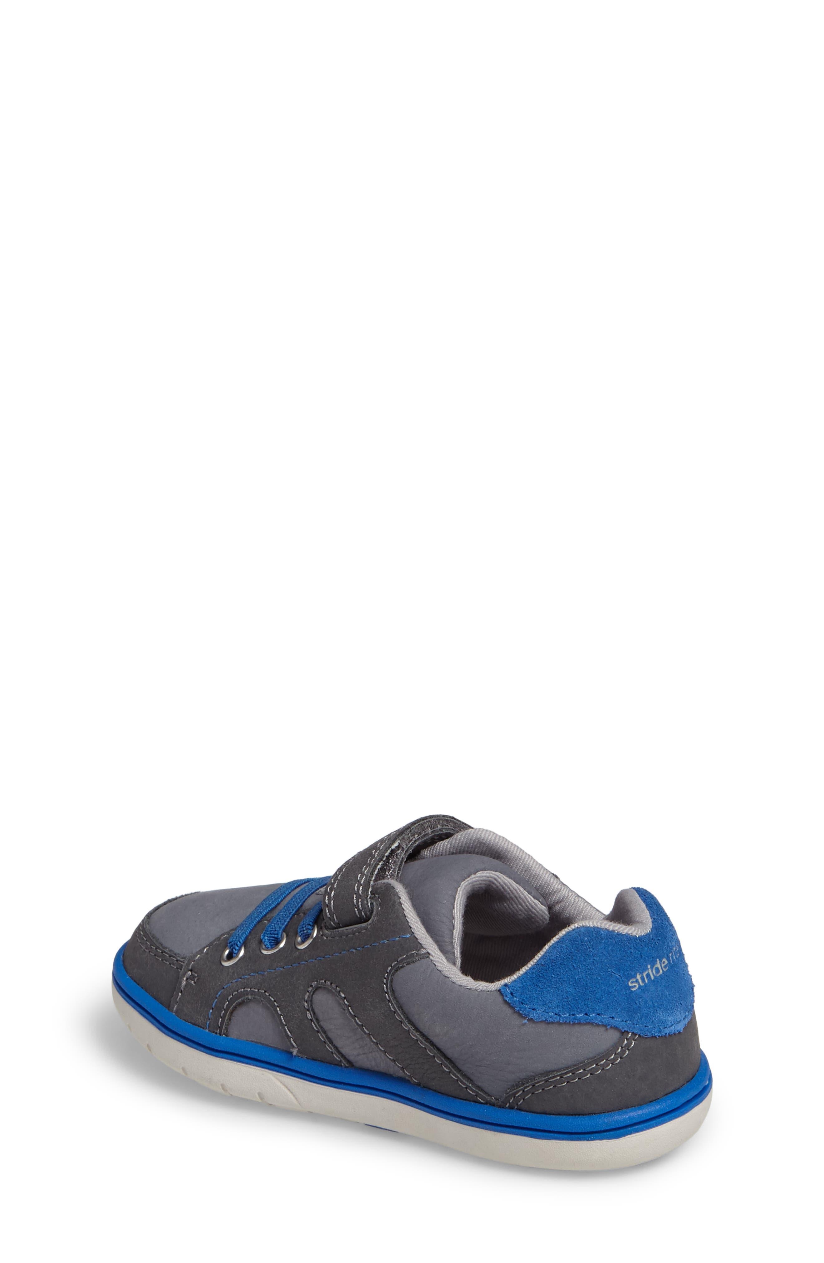 Alternate Image 2  - Stride Rite SRT Noe Sneaker (Baby, Walker, Toddler & Little Kid)