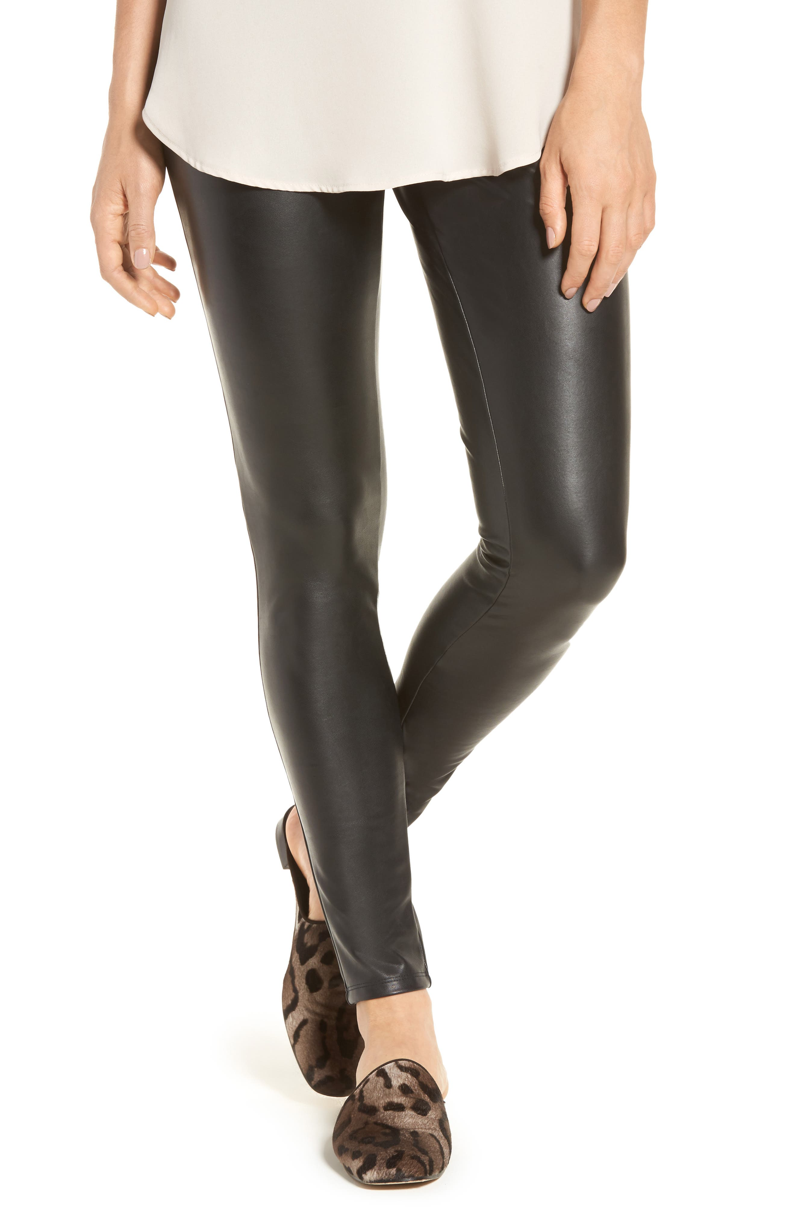 Leather look leggings with button
