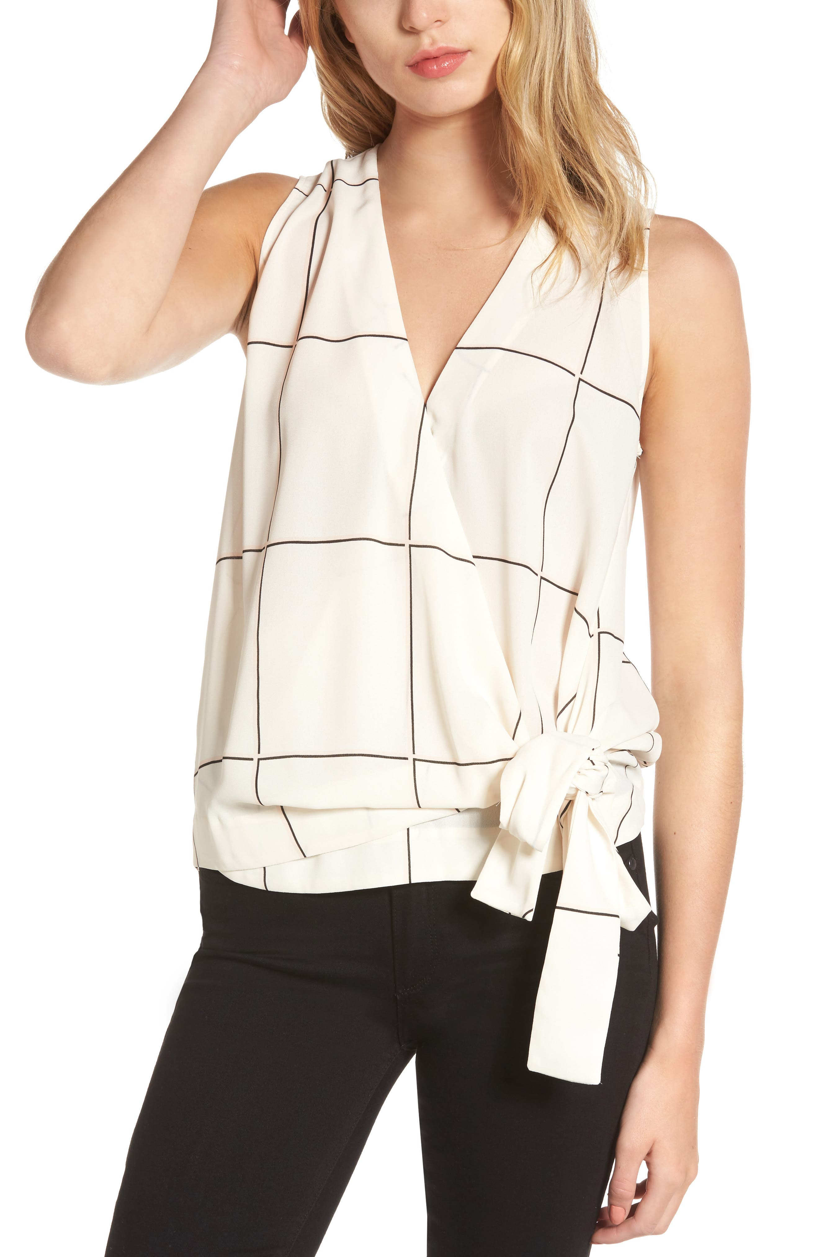 TROUVÉ Tie Front Sleeveless Top
