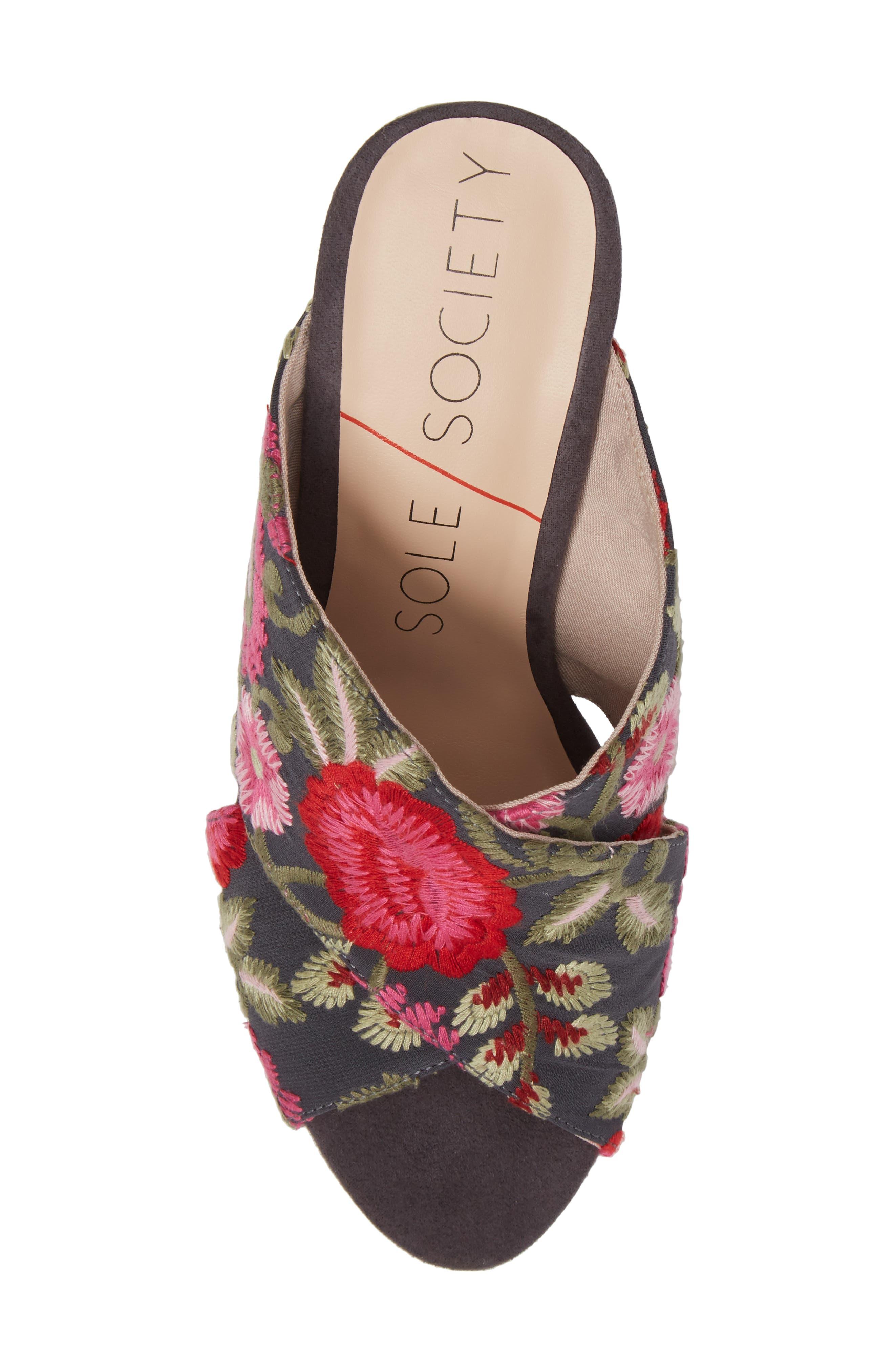 Alternate Image 5  - Sole Society Luella Flower Embroidered Slide (Women)