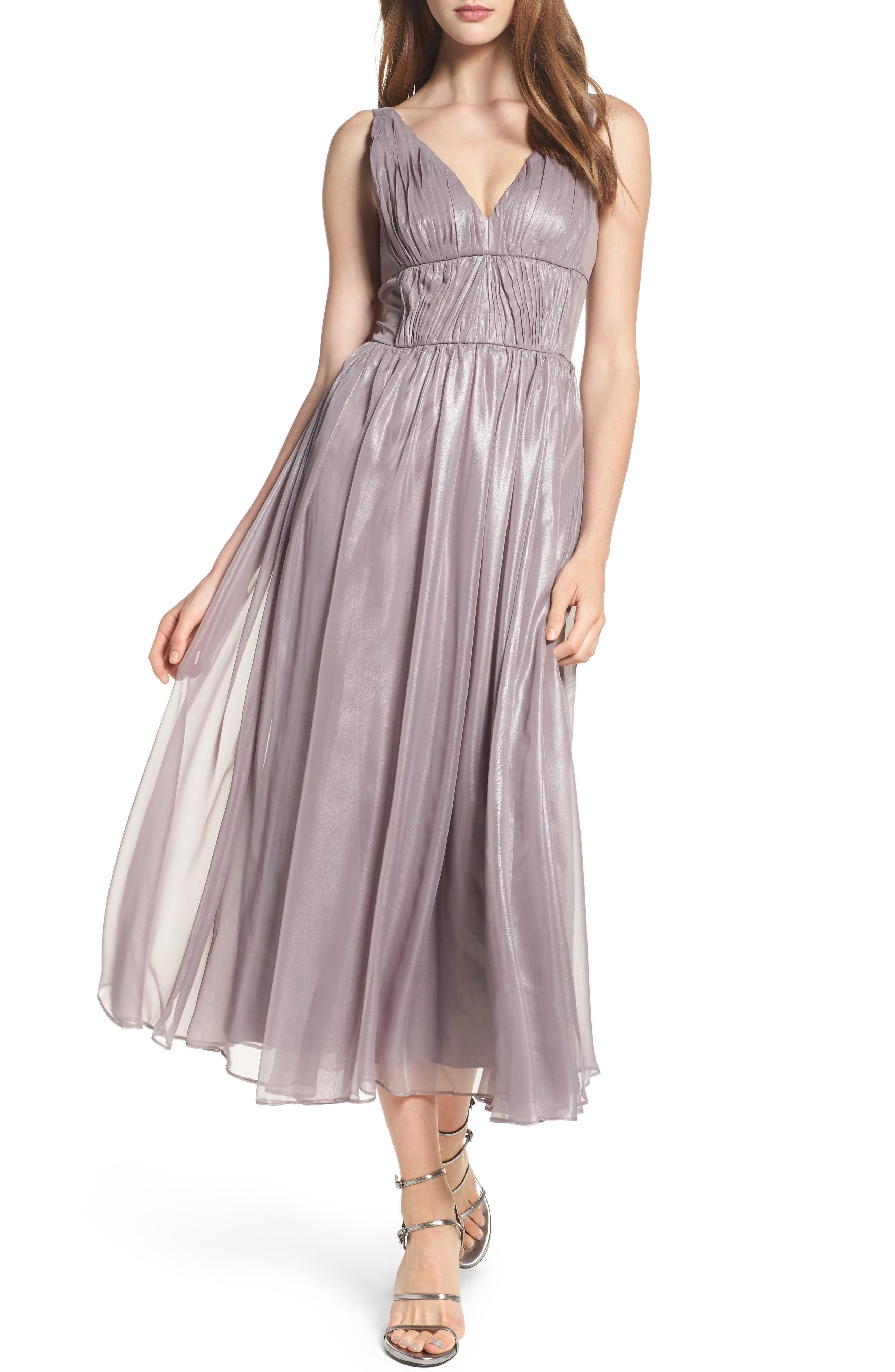 Vera Wang Empire Waist Ruched Cocktail Dress