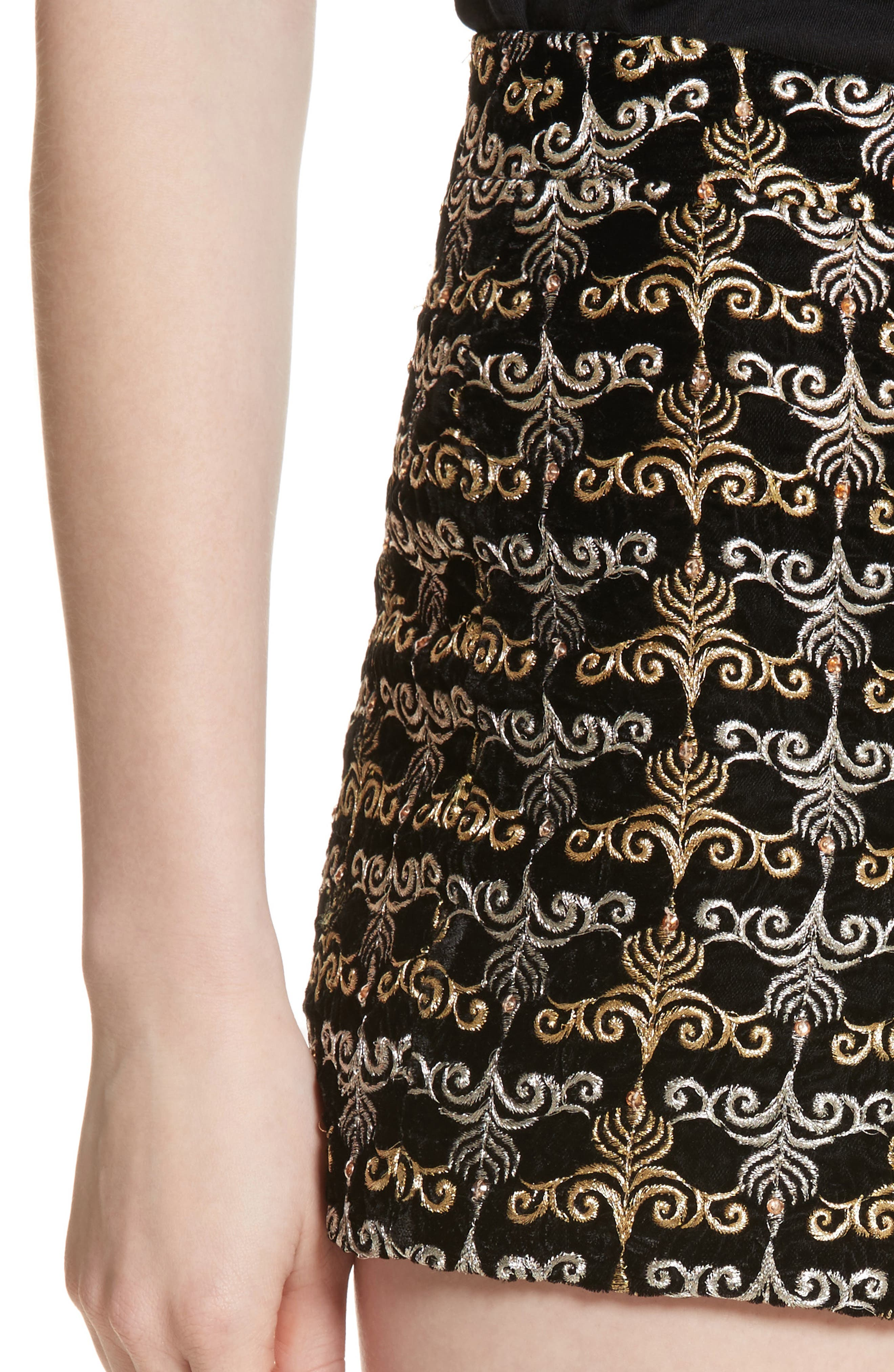 Alternate Image 4  - Alice + Olivia Marisa Embroidered Back Zip Shorts