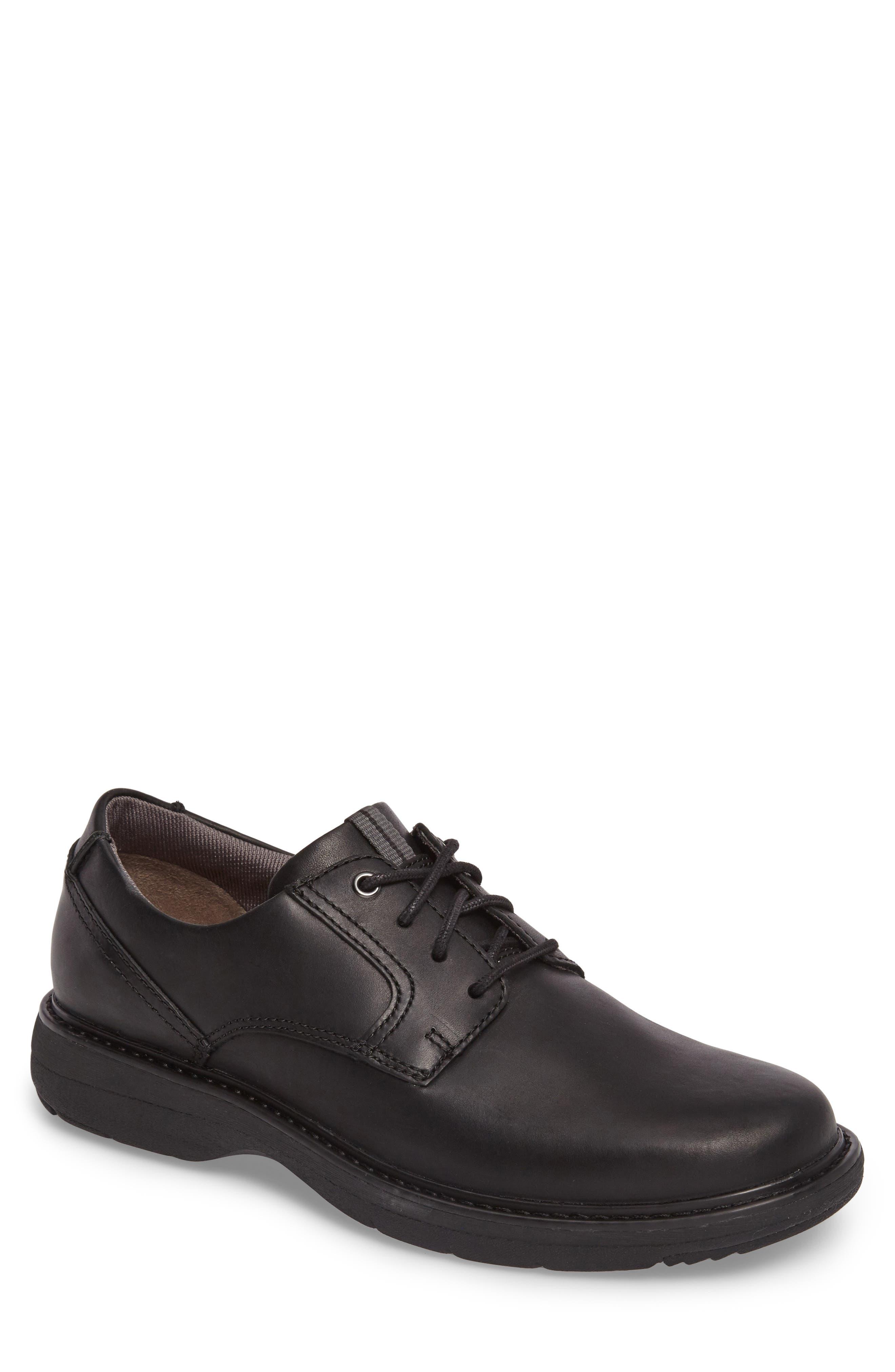 Clarks® Cushox Plain Toe Derby (Men)