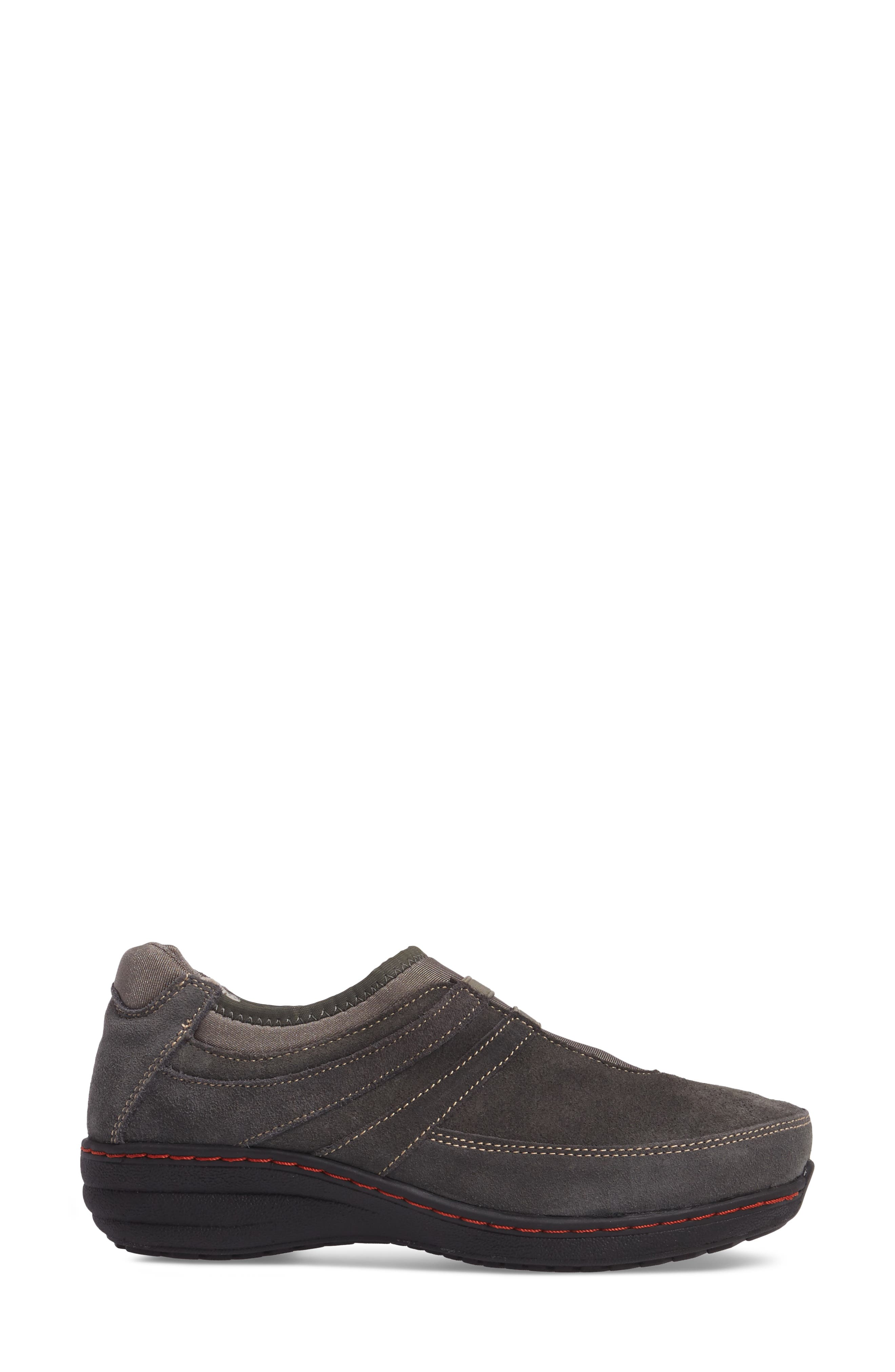 Alternate Image 3  - Aetrex Berries Slip-On Sneaker (Women)