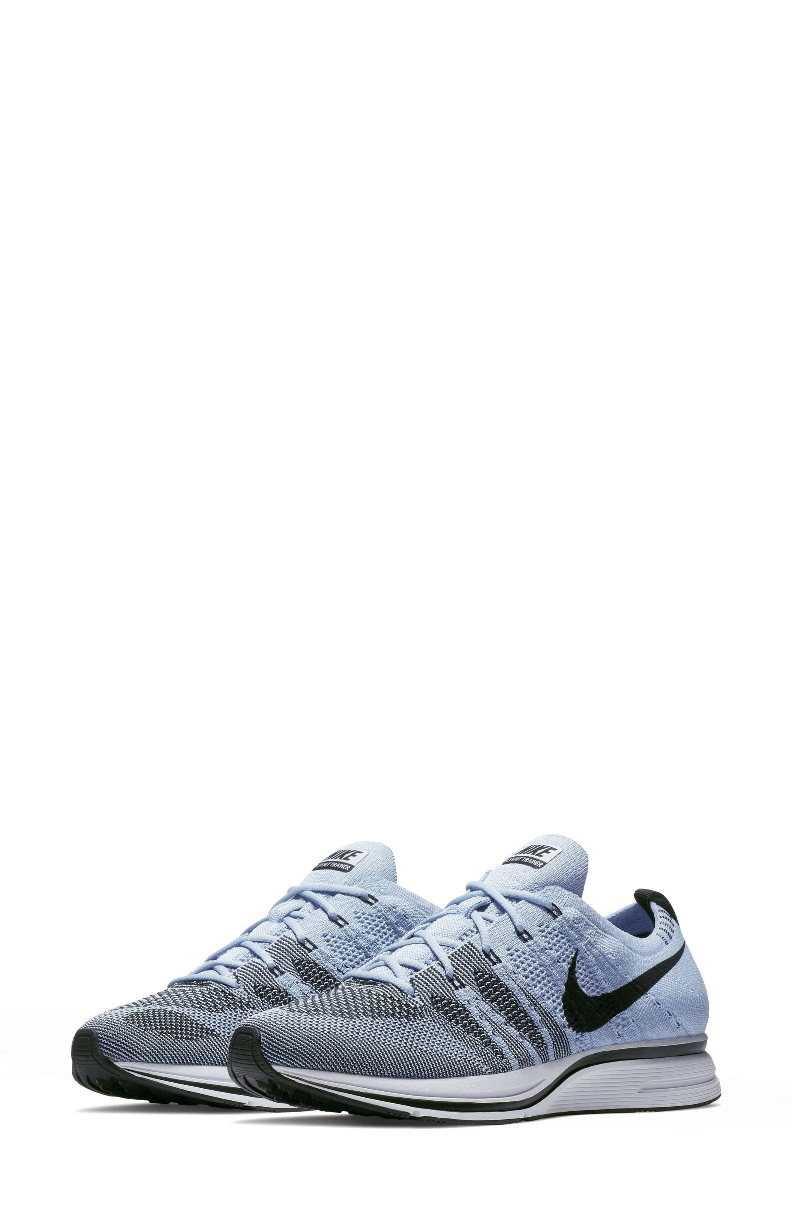 Nike Flyknit Trainer Sneaker (Unisex)