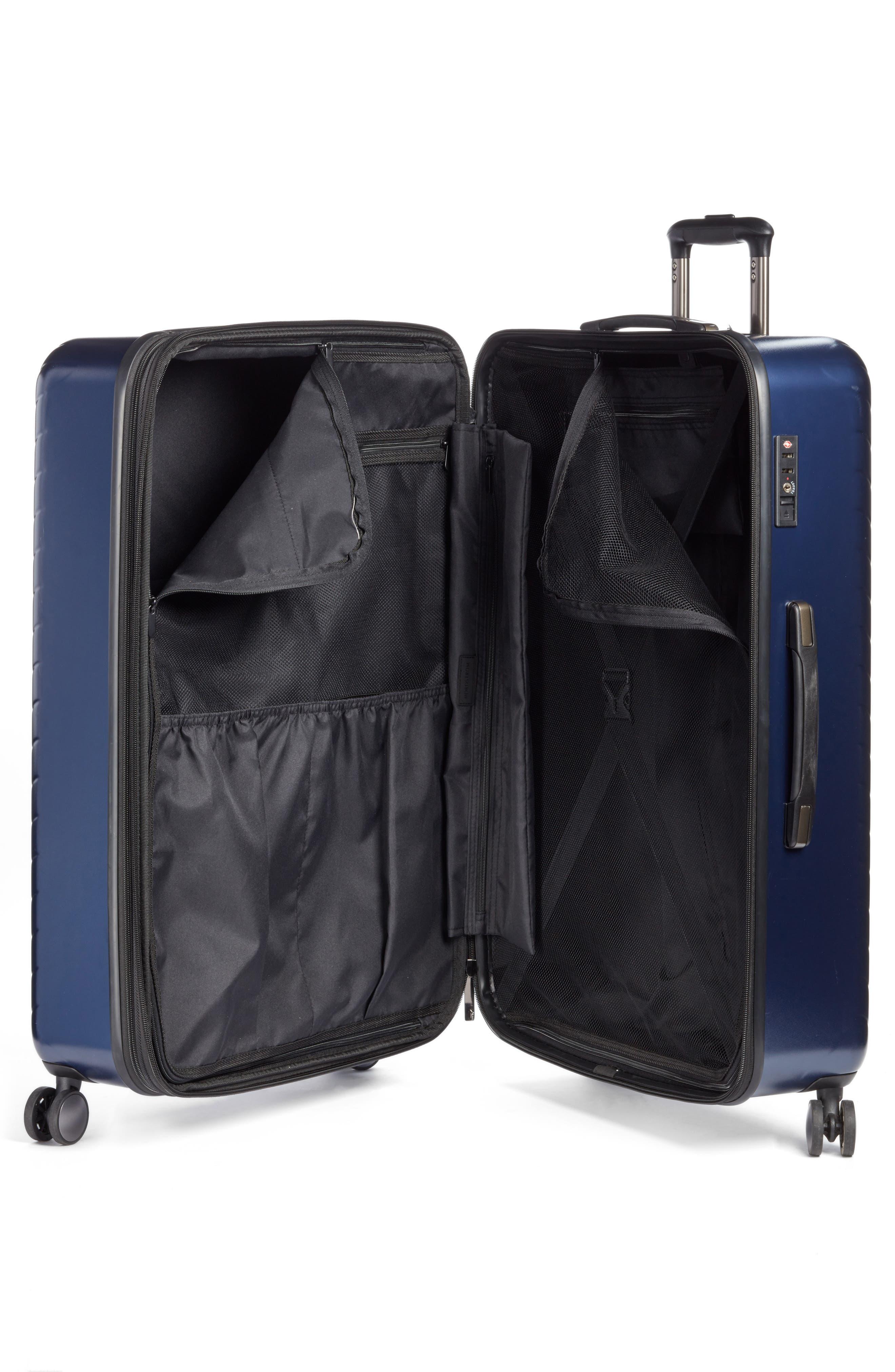Alternate Image 2  - Nordstrom Chevron 29-Inch & 20-Inch Spinner Luggage Set ($408 Value)