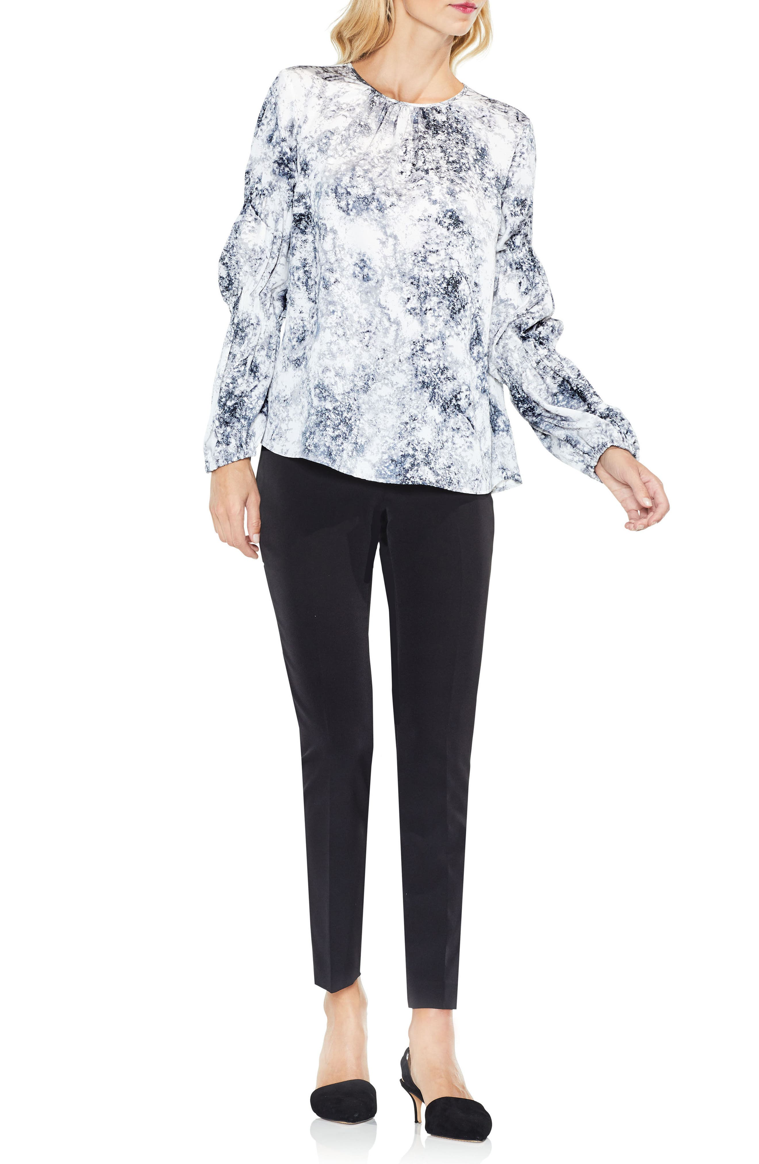 Alternate Image 3  - Vince Camuto Speckled Cinch Sleeve Top