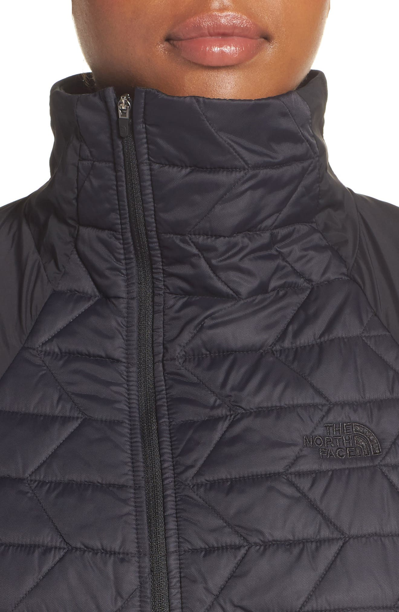 ThermoBall<sup>™</sup> Active Jacket,                             Alternate thumbnail 4, color,                             Tnf Black