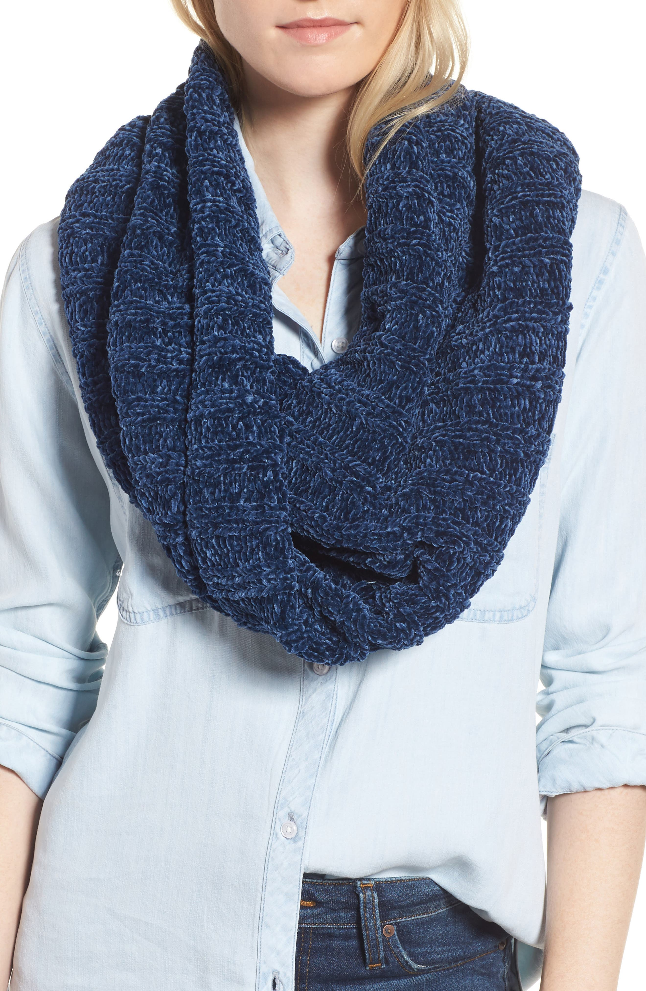 Alternate Image 1 Selected - Free People Love Bug Chenille Cowl