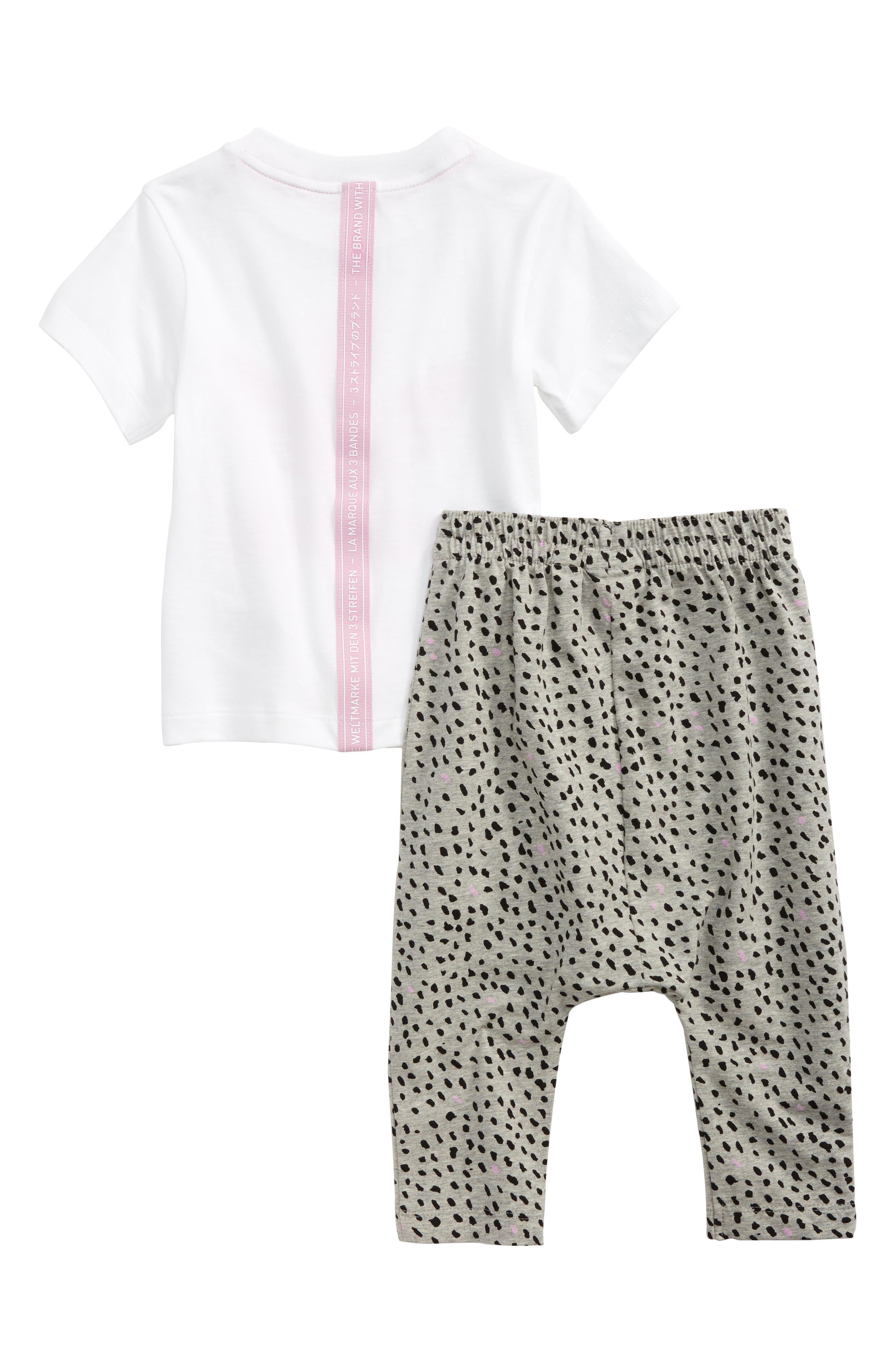 Alternate Image 2  - adidas Originals Logo Tee & Print Leggings Set (Baby Girls)