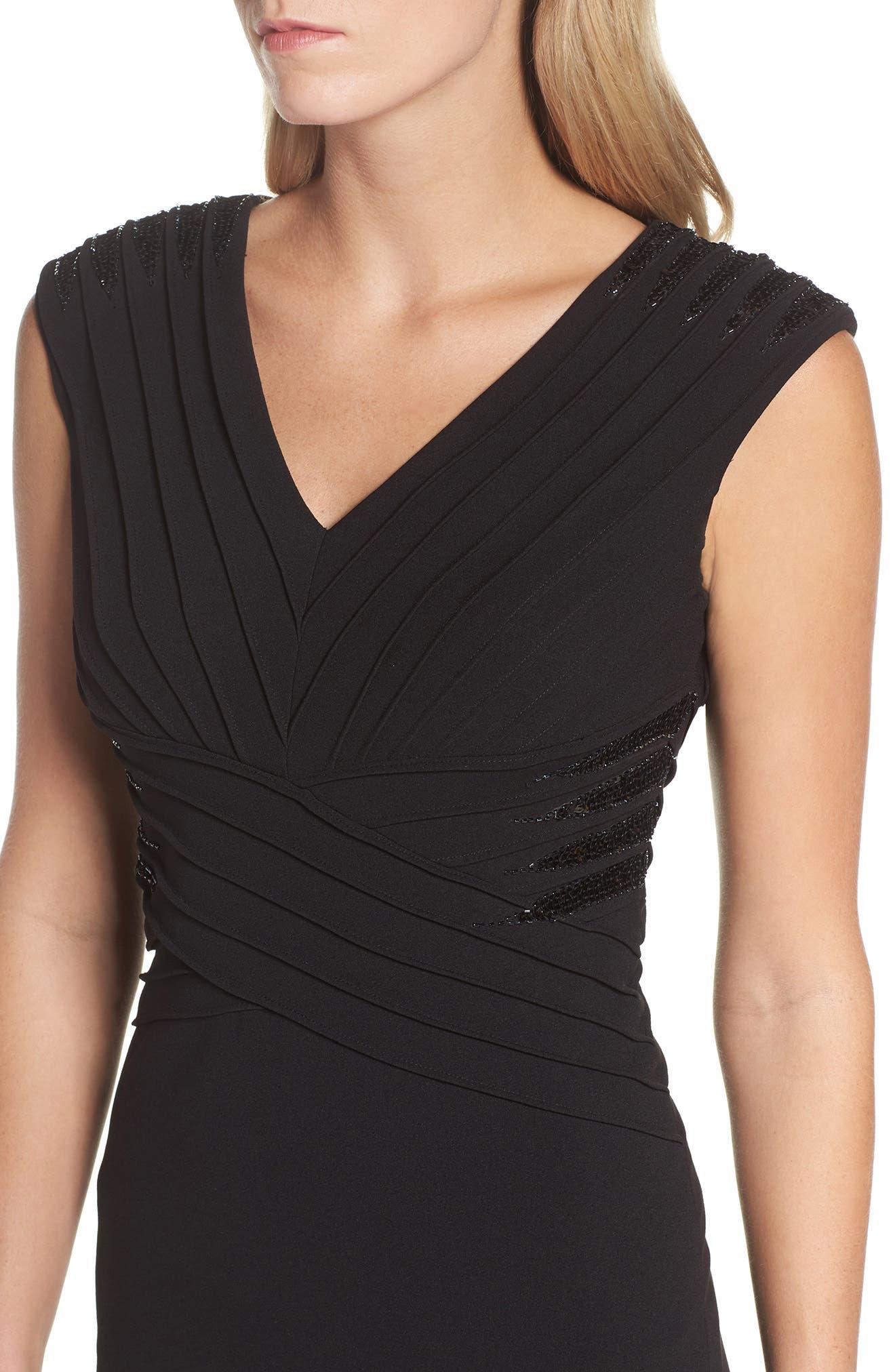 Pintuck Crepe Gown,                             Alternate thumbnail 4, color,                             Black