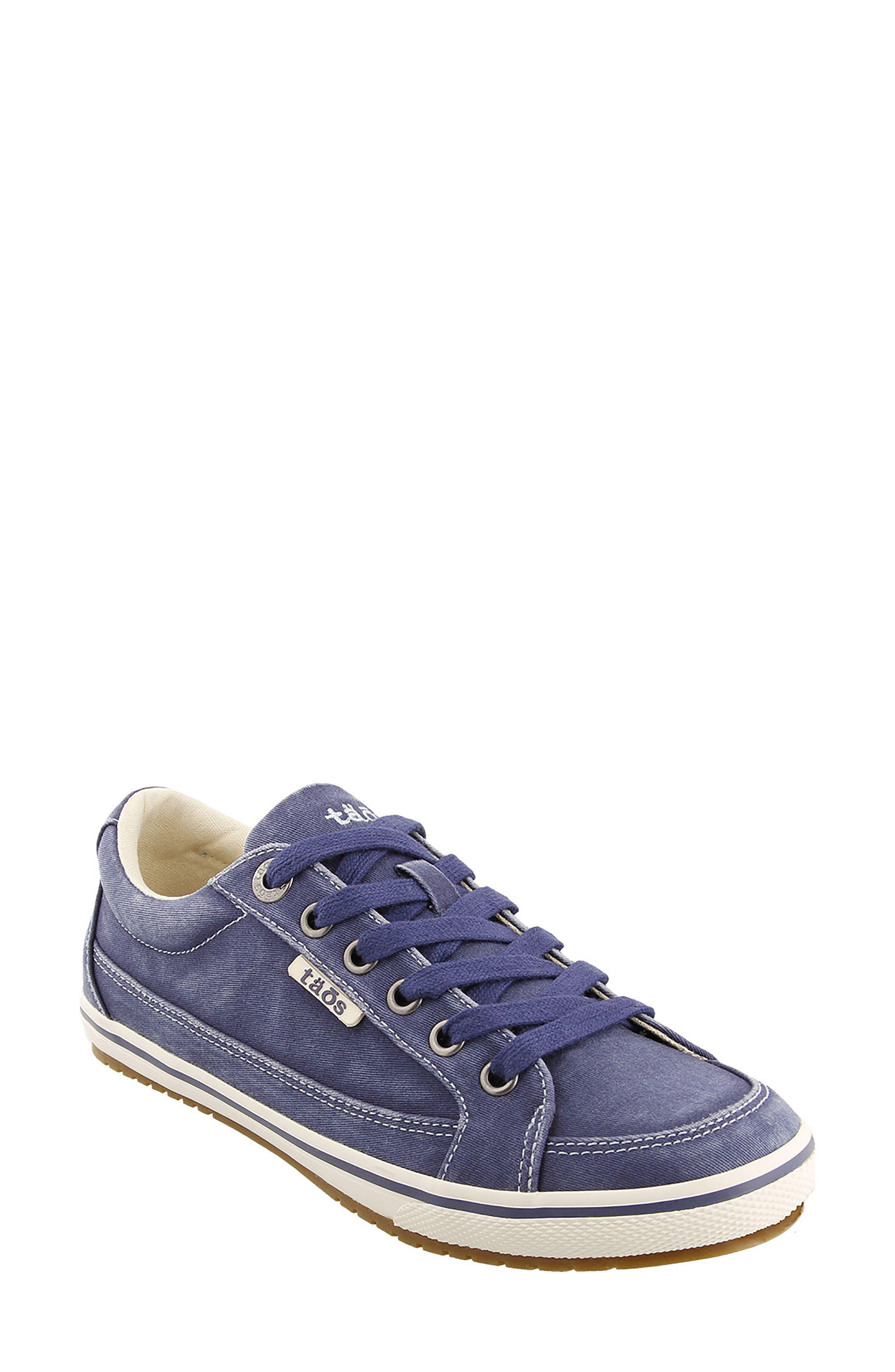 Taos Moc Star Sneaker (Women)