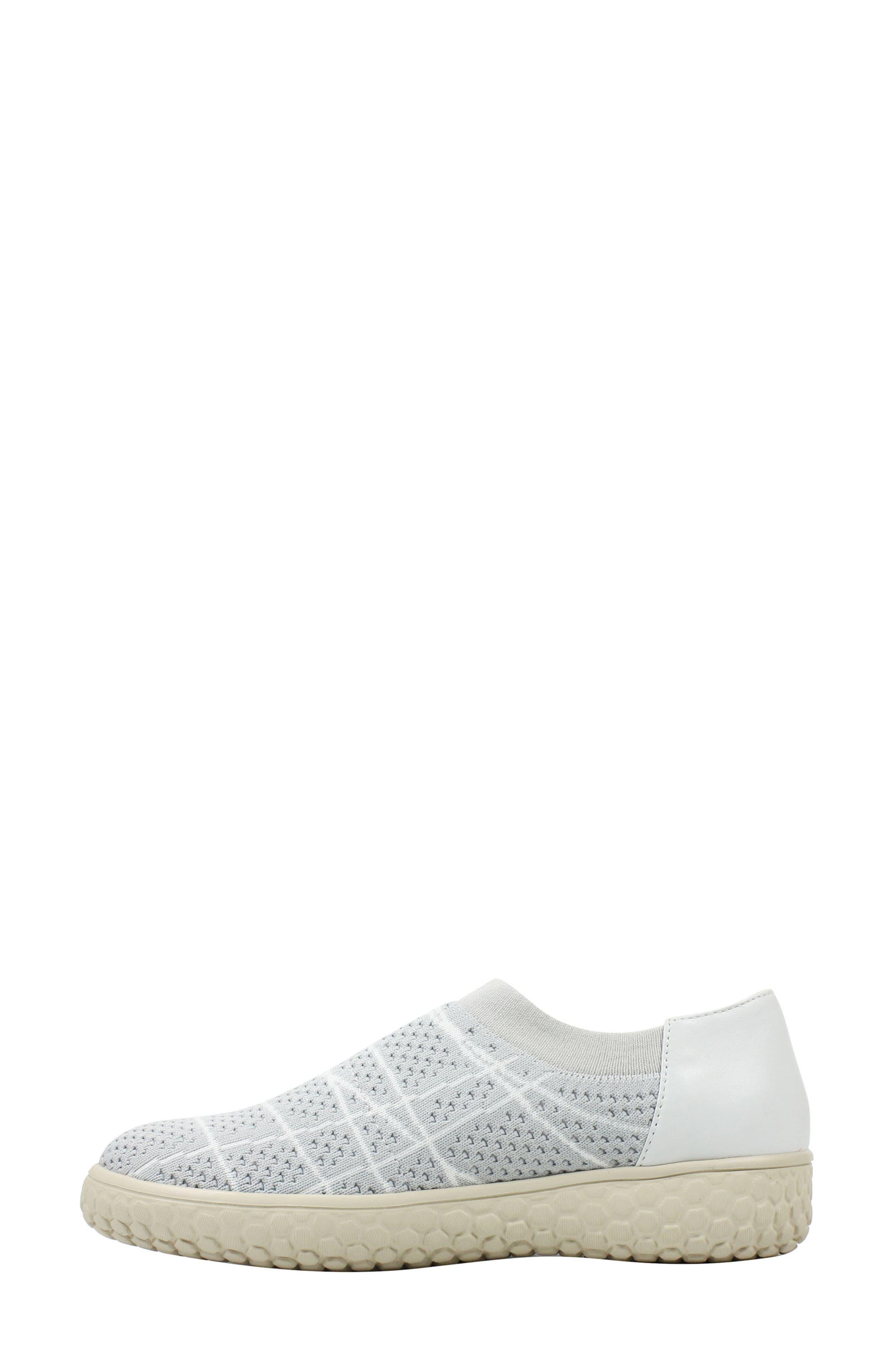 Zohndra Slip-On Sneaker,                             Alternate thumbnail 4, color,                             Beige Fabric