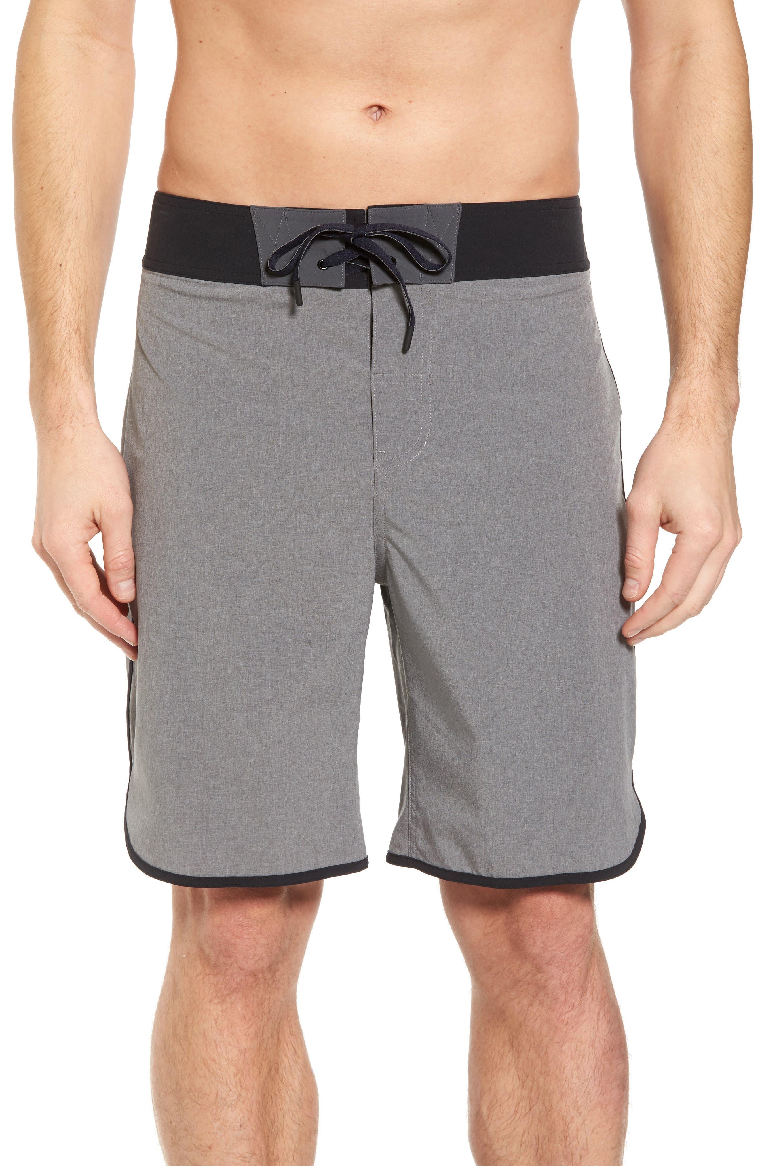 Alternate Image 1 Selected - Beachbody Flex Hybrid Athletic Shorts