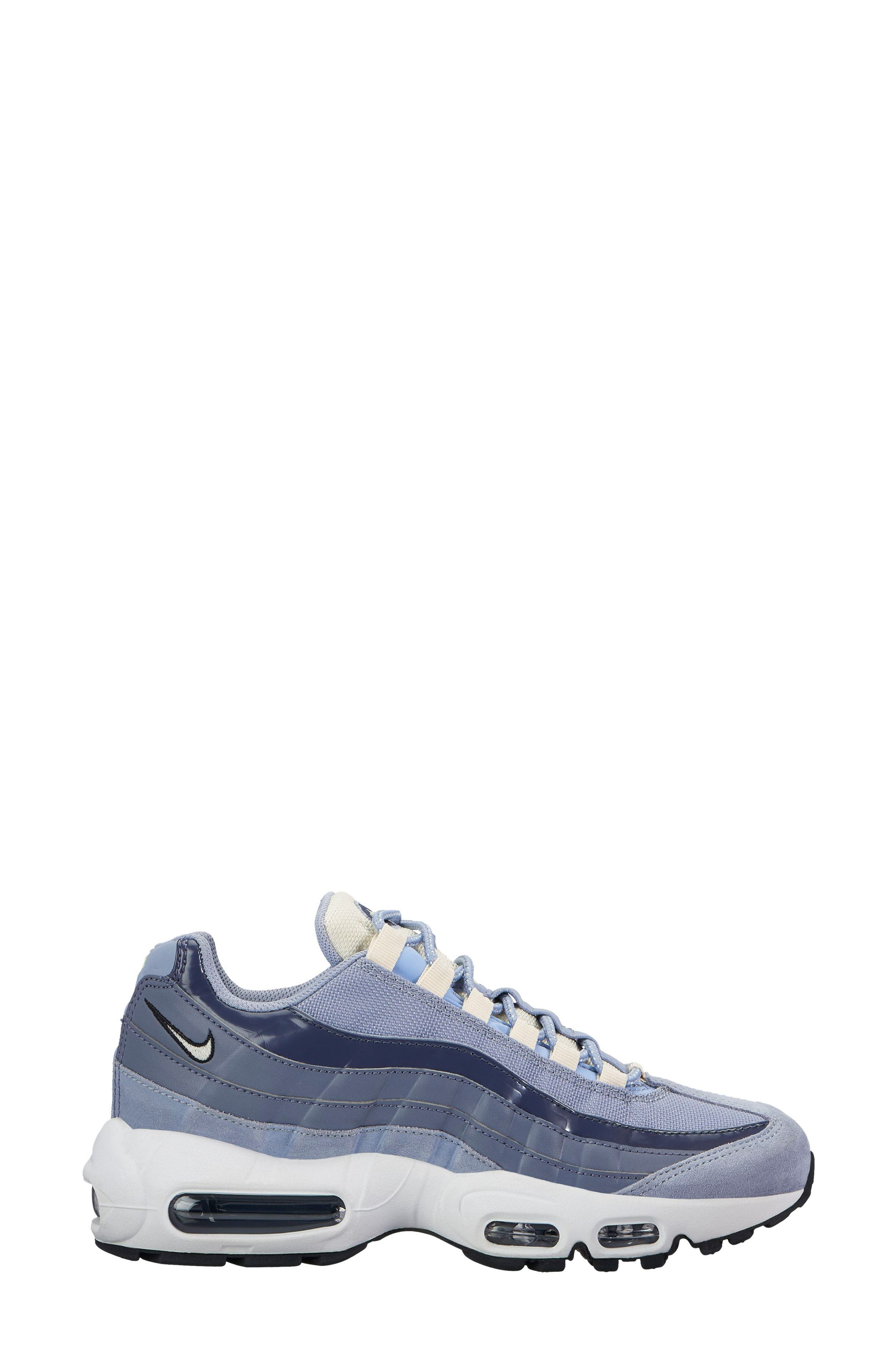 Nike Air Max 95 Running Shoe (Women)
