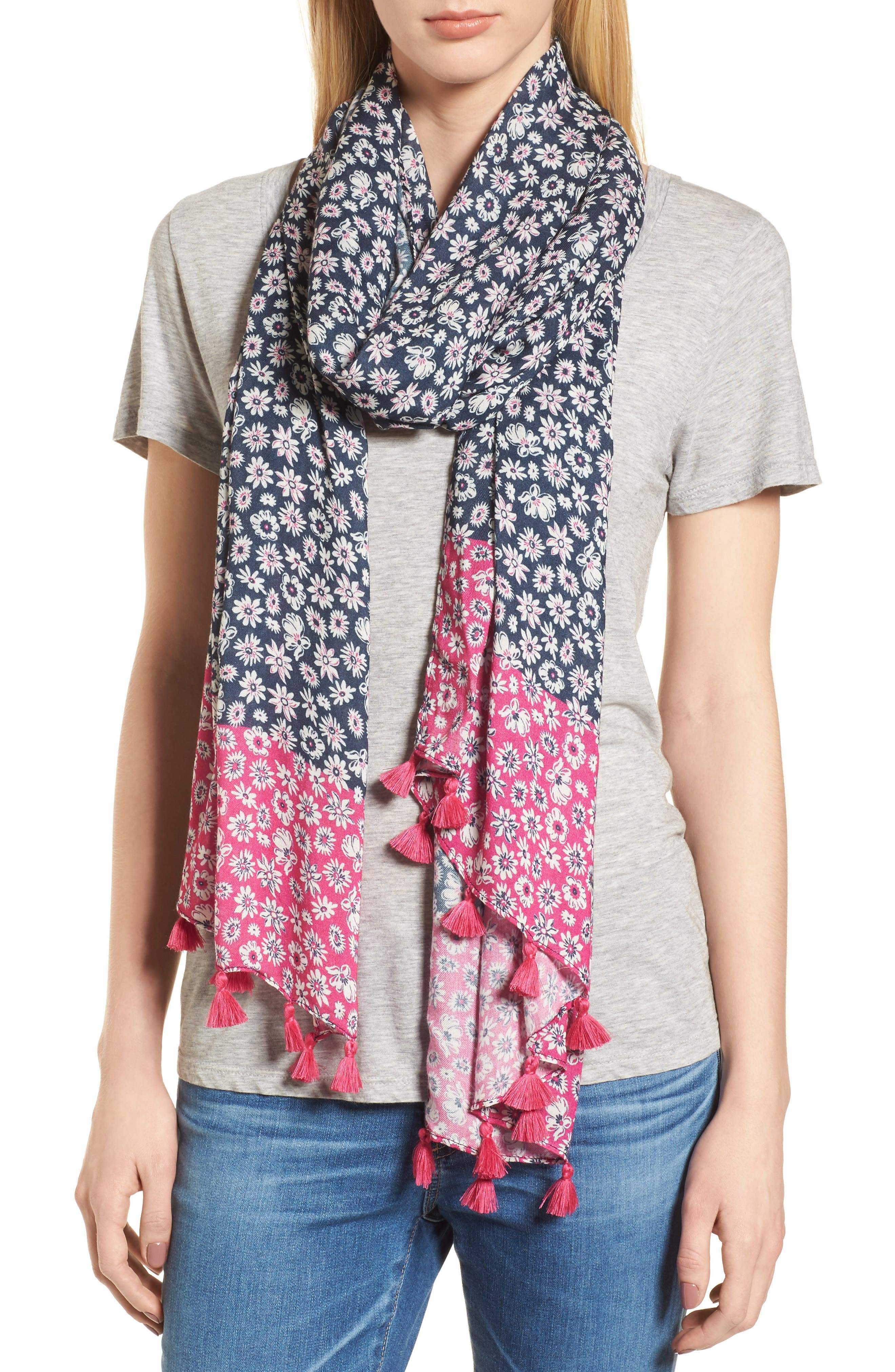 Petit Daisy Scarf,                         Main,                         color, Navy