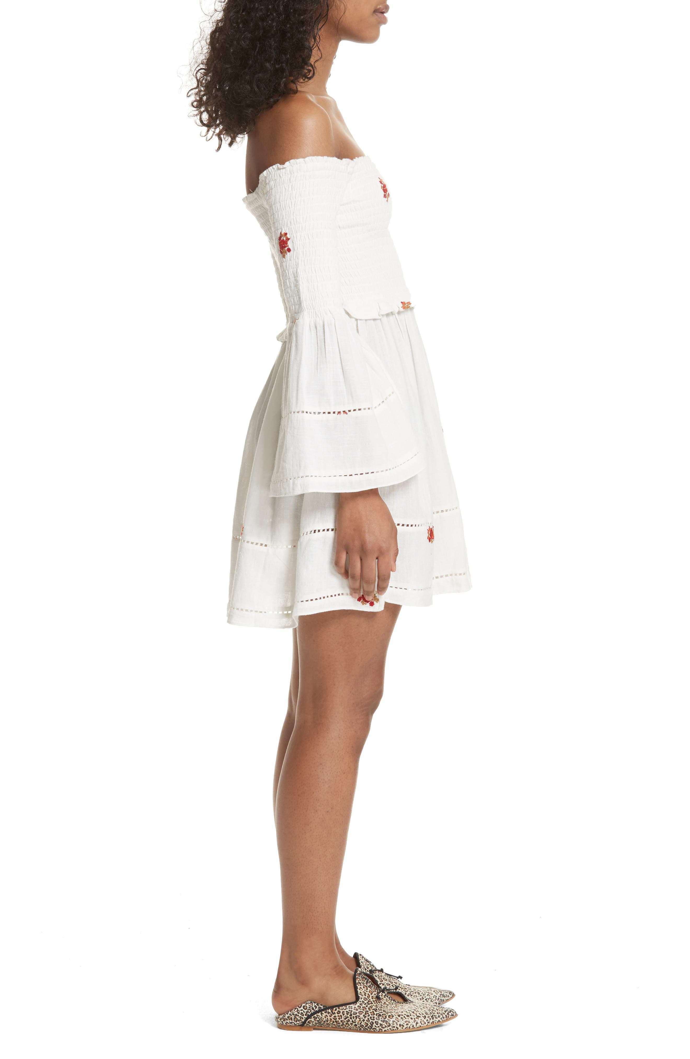 Counting Daisies Embroidered Off the Shoulder Dress,                             Alternate thumbnail 3, color,                             Ivory Combo