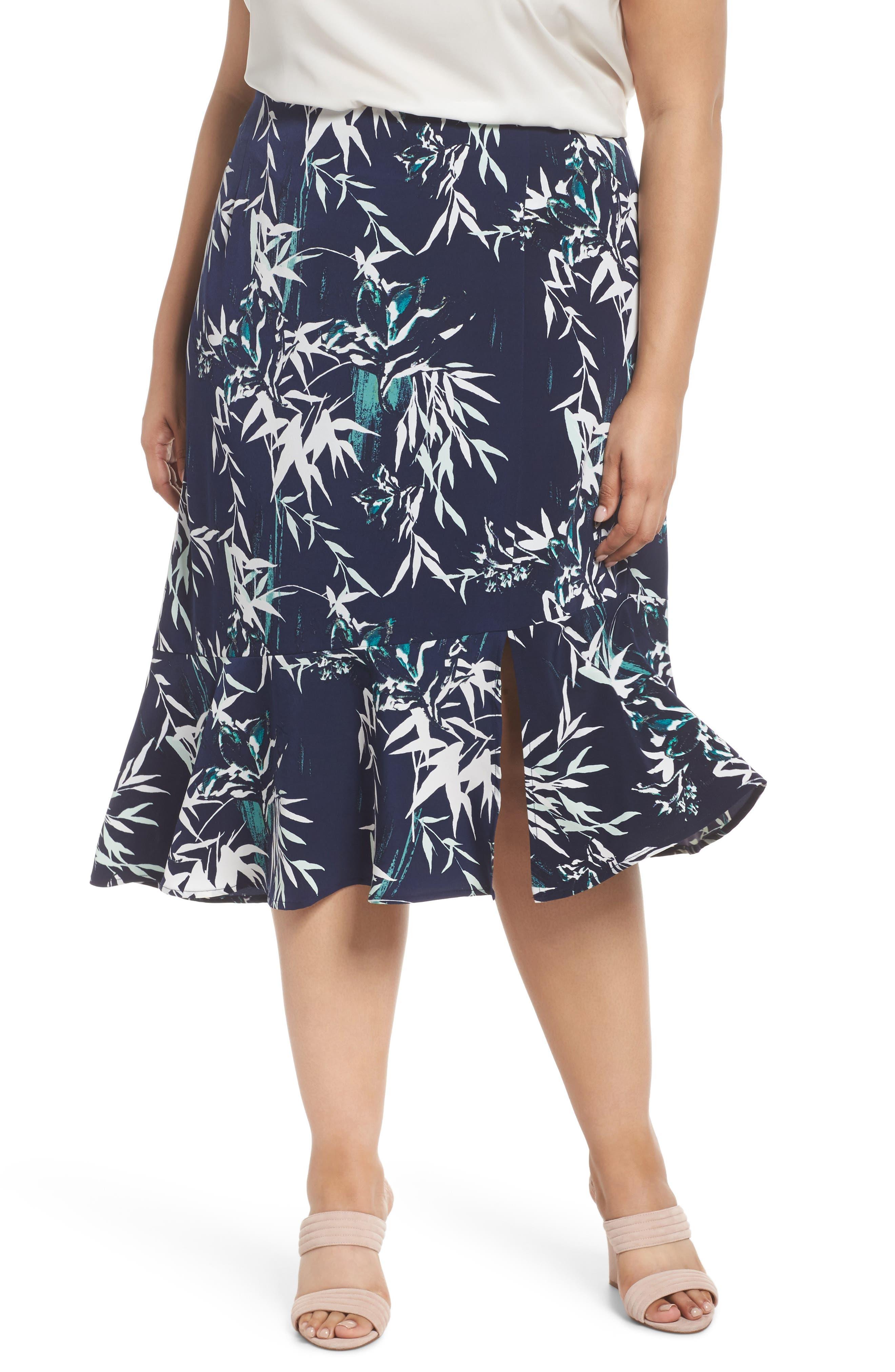 Sejour Slit Hem Skirt (Plus Size)